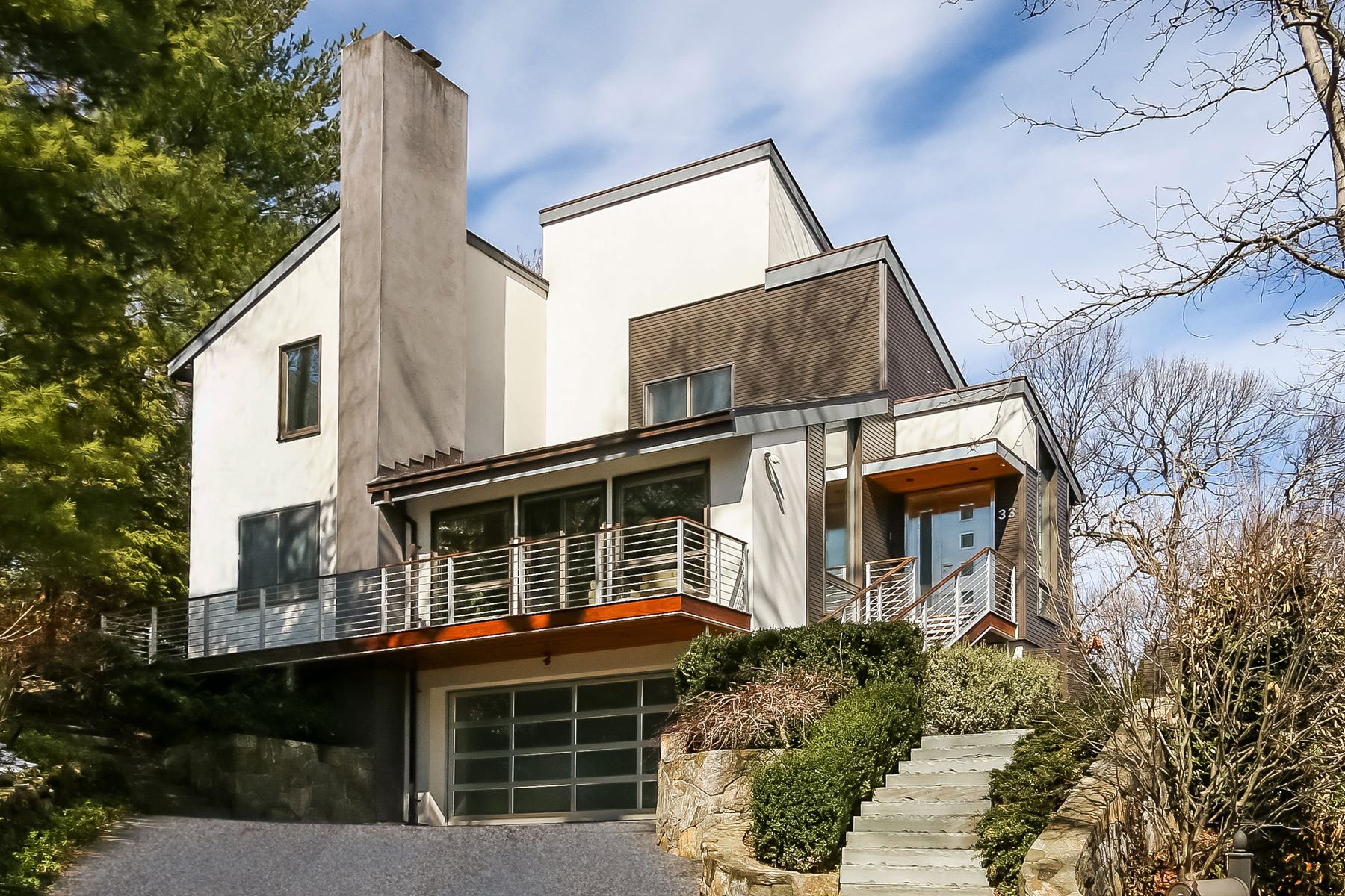 獨棟家庭住宅 為 出售 在 Custom Rebuilt & Expanded Contemporary Home 33 Highridge Road, Hartsdale, 紐約州, 10530 美國