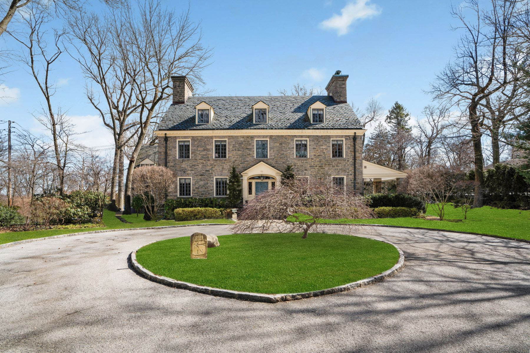 Single Family Homes för Försäljning vid Magnificent Fieldston Georgian Revival Estate 4730 Fieldston Road, Riverdale, New York 10471 Förenta staterna