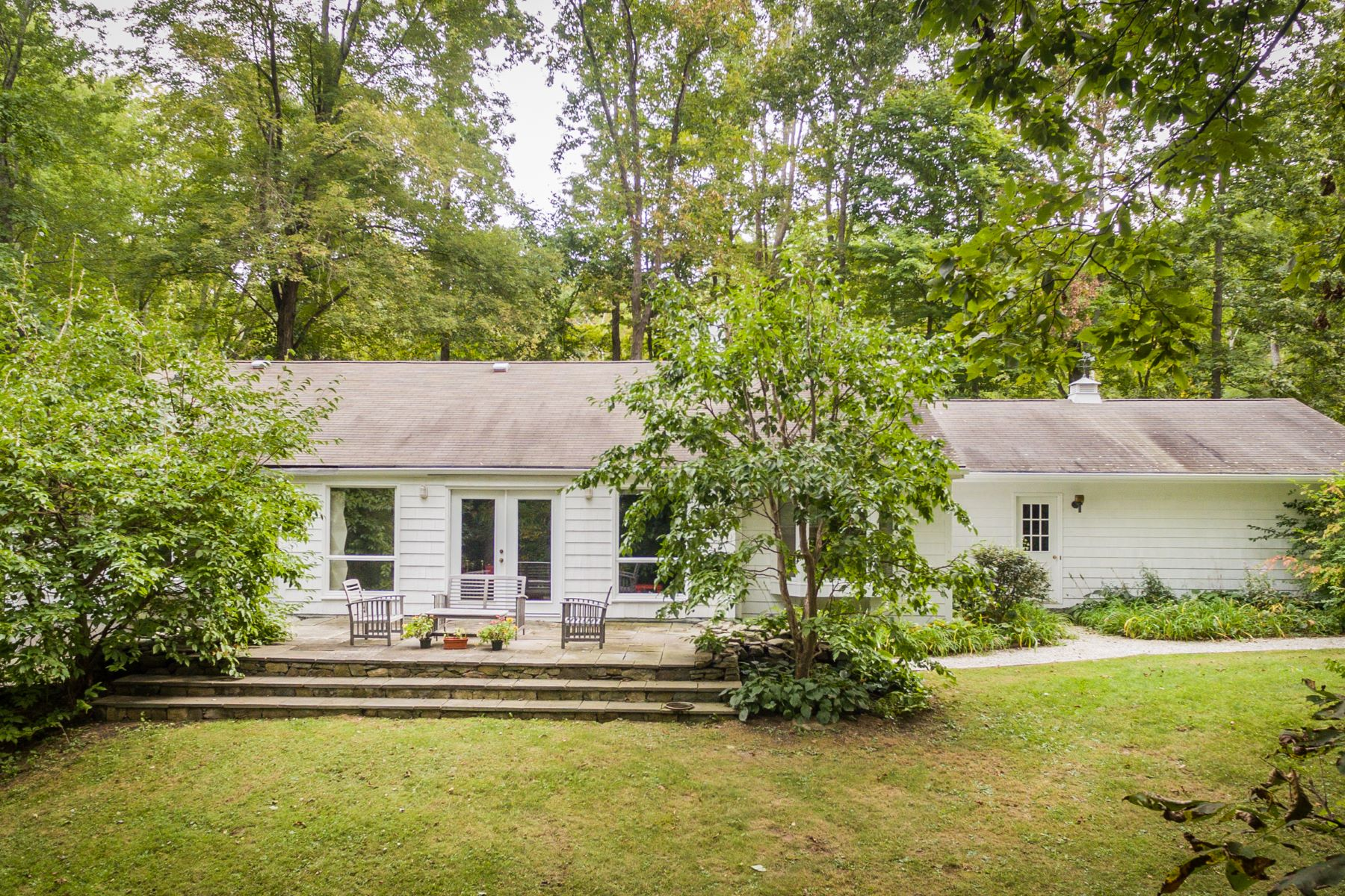 Single Family Home for Sale at 131 North Roxbury, Connecticut, 06783 United States