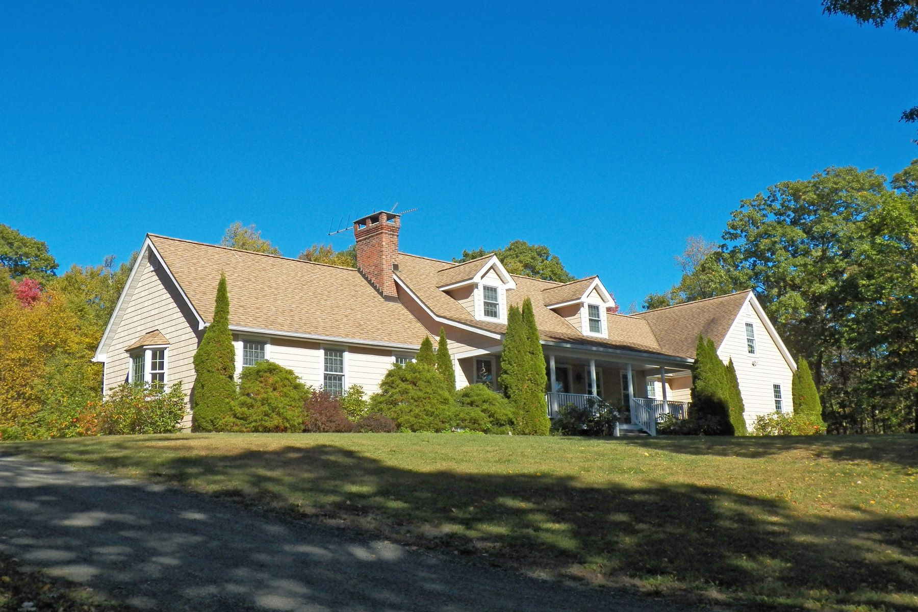 Single Family Home for Sale at Stunning Private Retreat on 103 acres 170 Rabbit Hill Rd Warren, Connecticut, 06777 United States