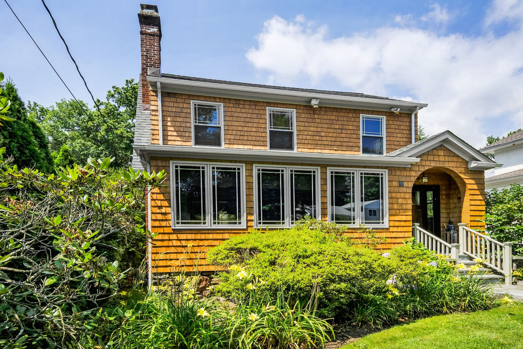 Single Family Home for Sale at 6 Kilmer Road Larchmont, New York, 10538 United States