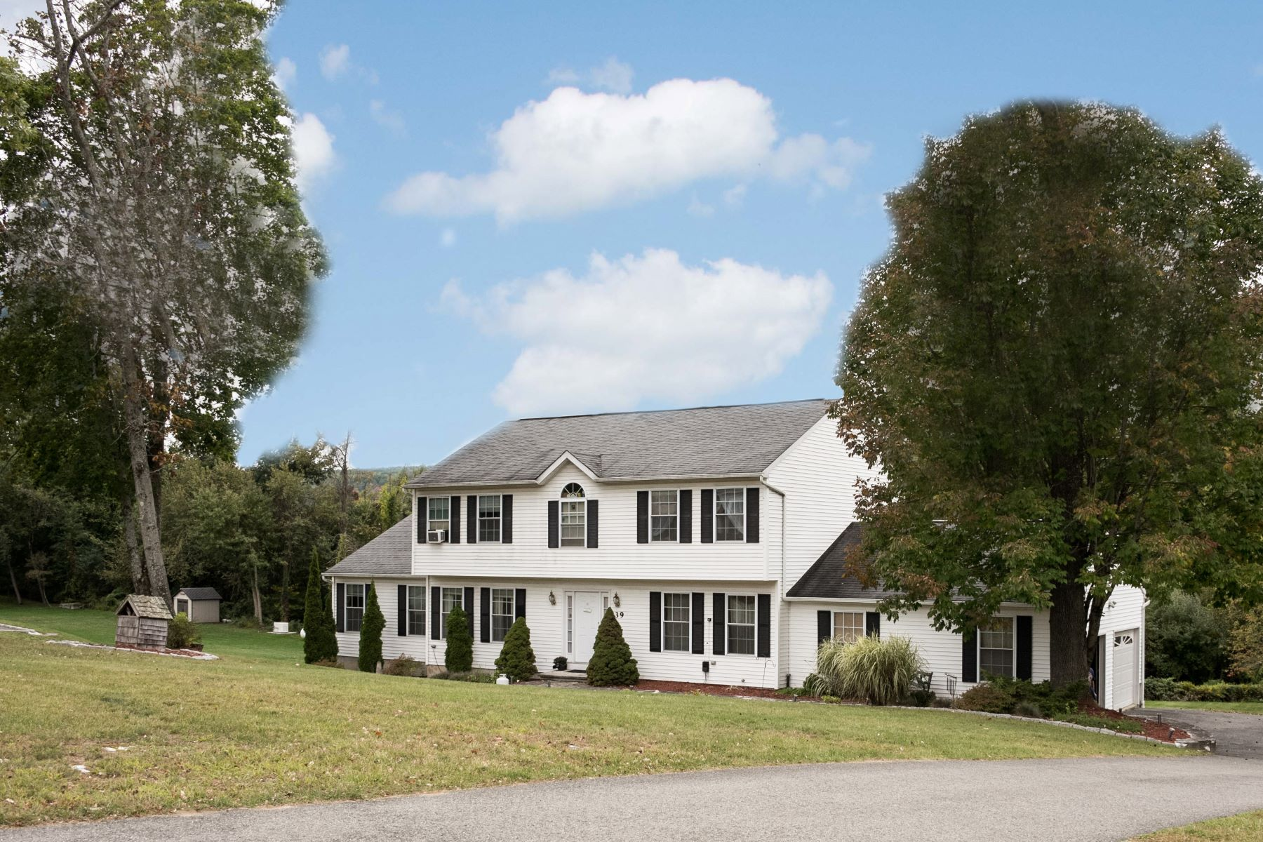 Single Family Home for Sale at New England Charm 39 Turkey Trot Road New Milford, Connecticut 06776 United States