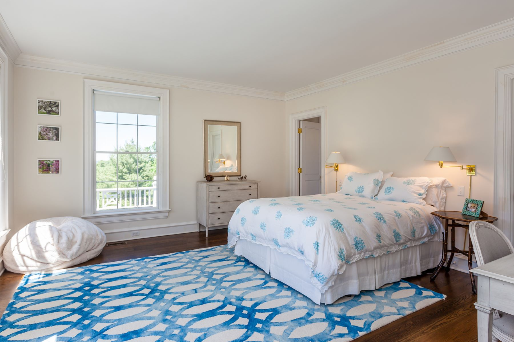 Additional photo for property listing at Classically Refined 36 Southbury Road Roxbury, Connecticut 06783 États-Unis