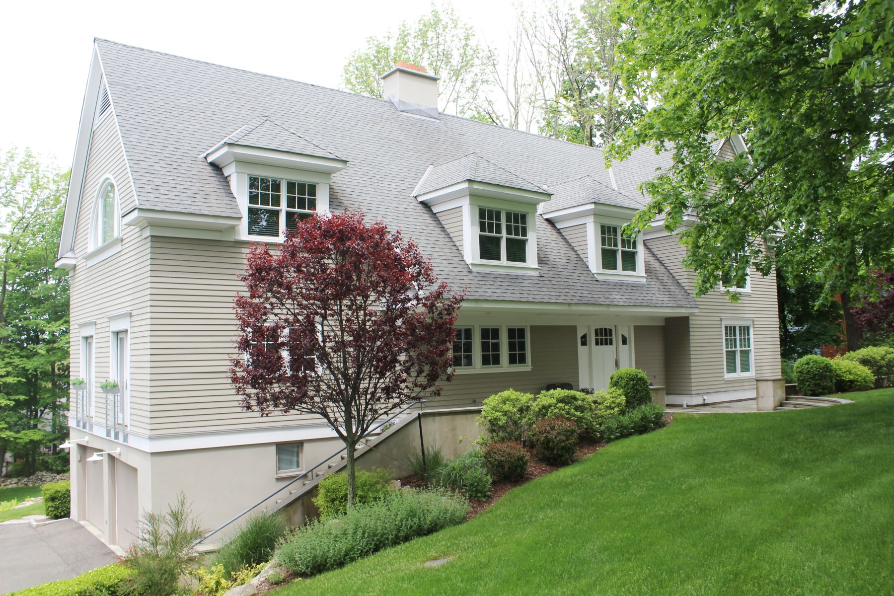 Single Family Home for Rent at Architect's Own Home 224 West Lane Ridgefield, Connecticut 06877 United States