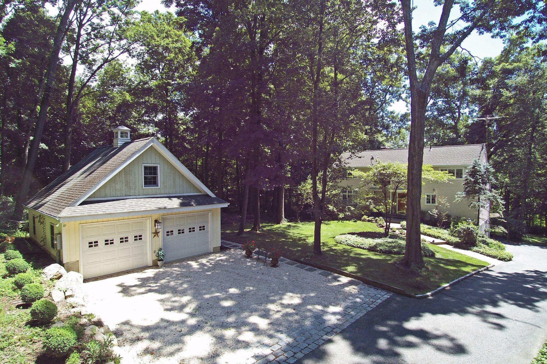 Single Family Homes för Försäljning vid PICTURESQUE COLONIAL 344 Danbury Road, Ridgefield, Connecticut 06877 Förenta staterna