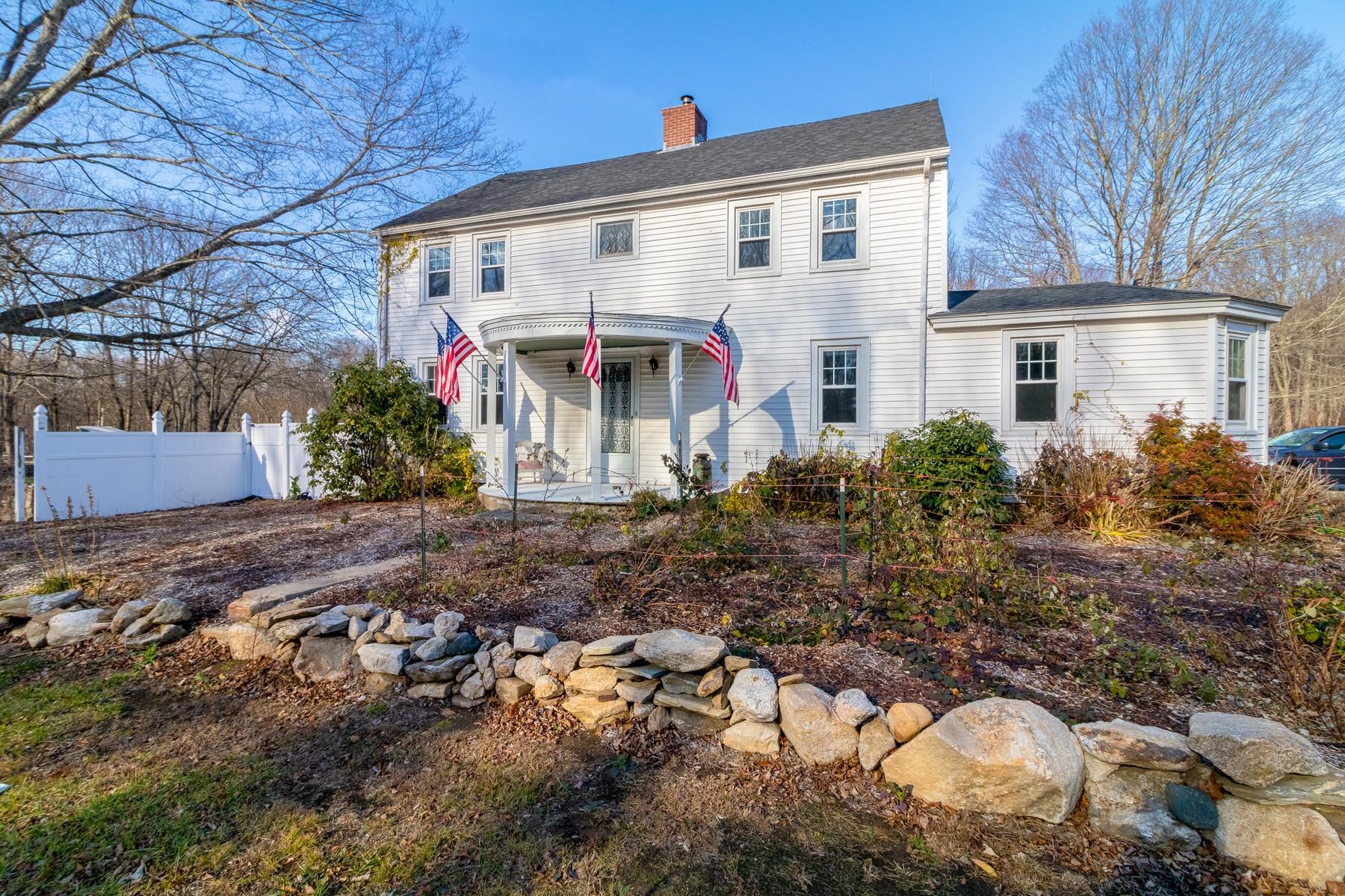 Granjas / Hacienda / Platanción por un Venta en Fabulous Horse Property 290 West Main Street Hebron, Connecticut, 06231 Estados Unidos