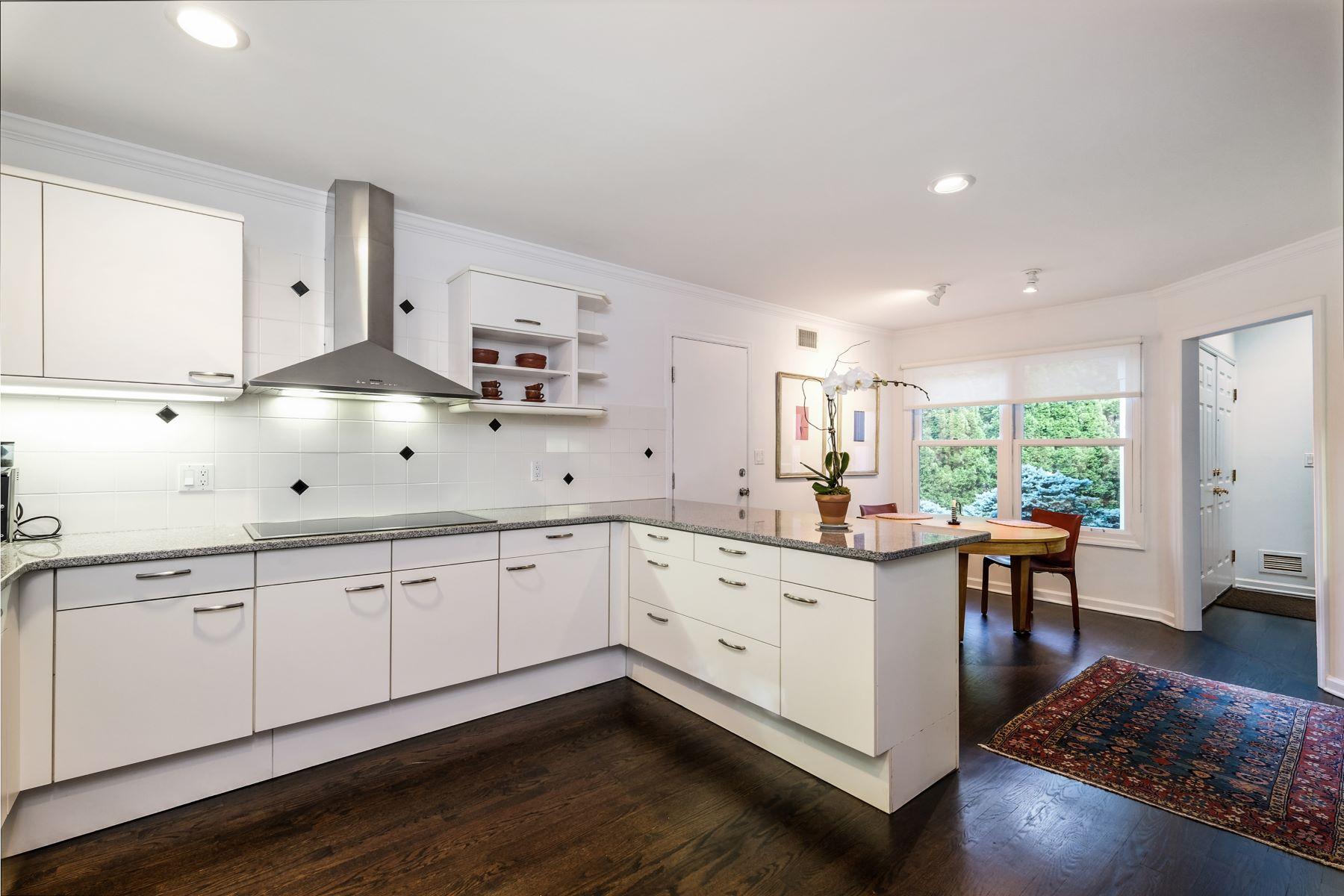 Single Family Homes 為 出售 在 White Plains, 纽约 10605 美國