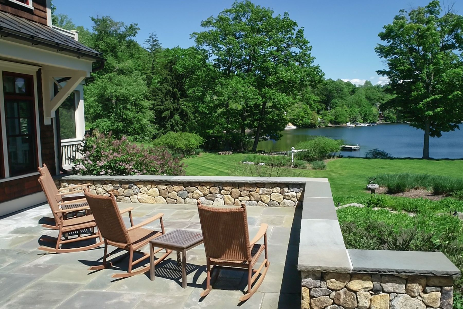 Single Family Homes for Active at Rare Direct Waterfront 7 Arrow Point Road Warren, Connecticut 06777 United States