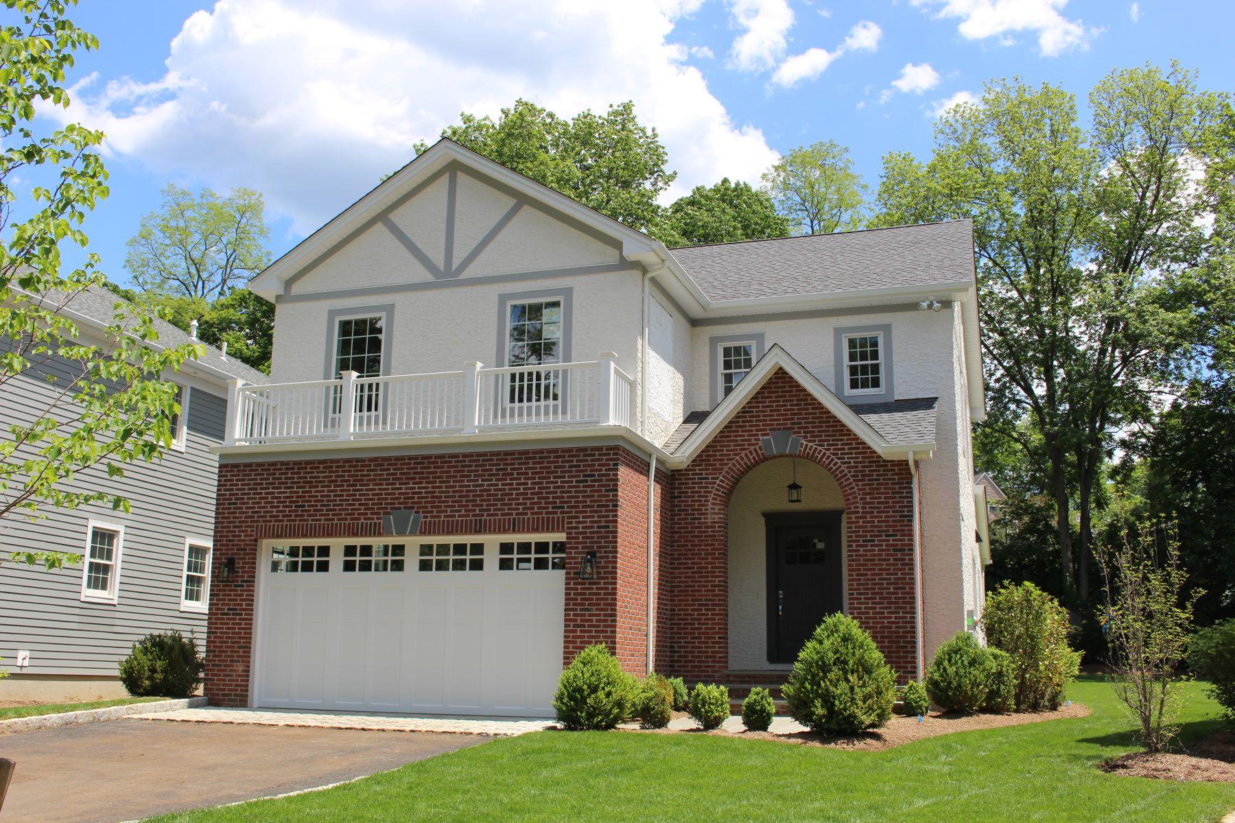 Casa Unifamiliar por un Alquiler en 1019 Grove Street 1019 Grove Street Mamaroneck, Nueva York 10543 Estados Unidos
