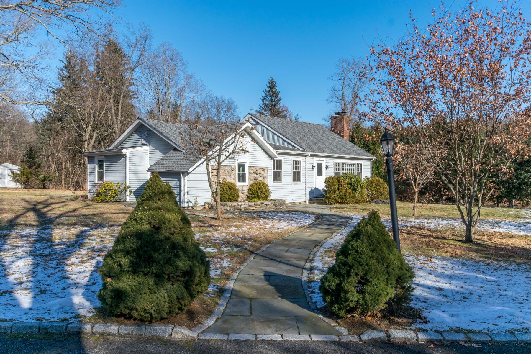 Частный односемейный дом для того Аренда на 32 Knapp Lane New Canaan, Коннектикут, 06840 Соединенные Штаты