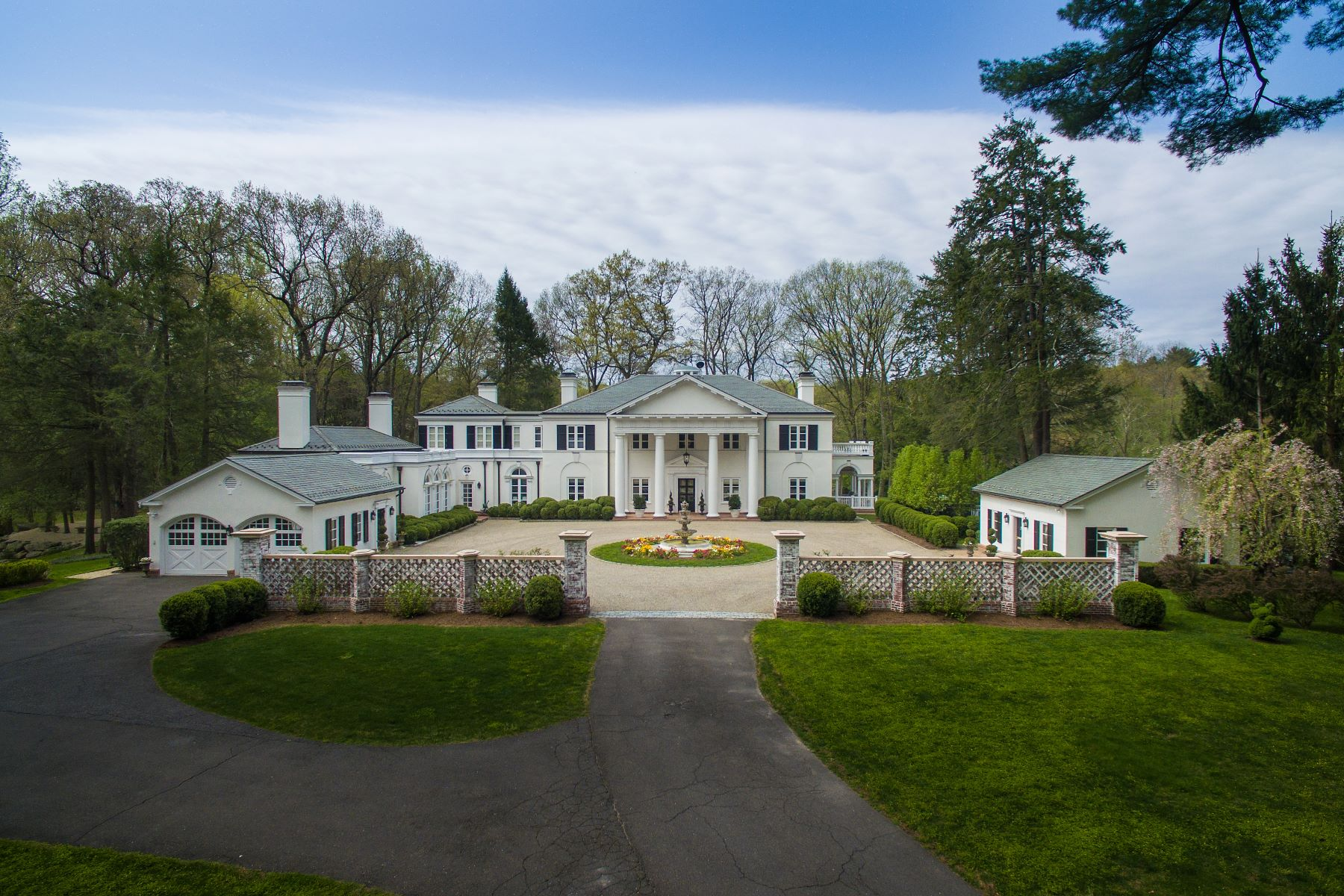 Single Family Home for Sale at 99 Huckleberry Hill Road 99 Huckleberry Hill Road New Canaan, Connecticut 06840 United States