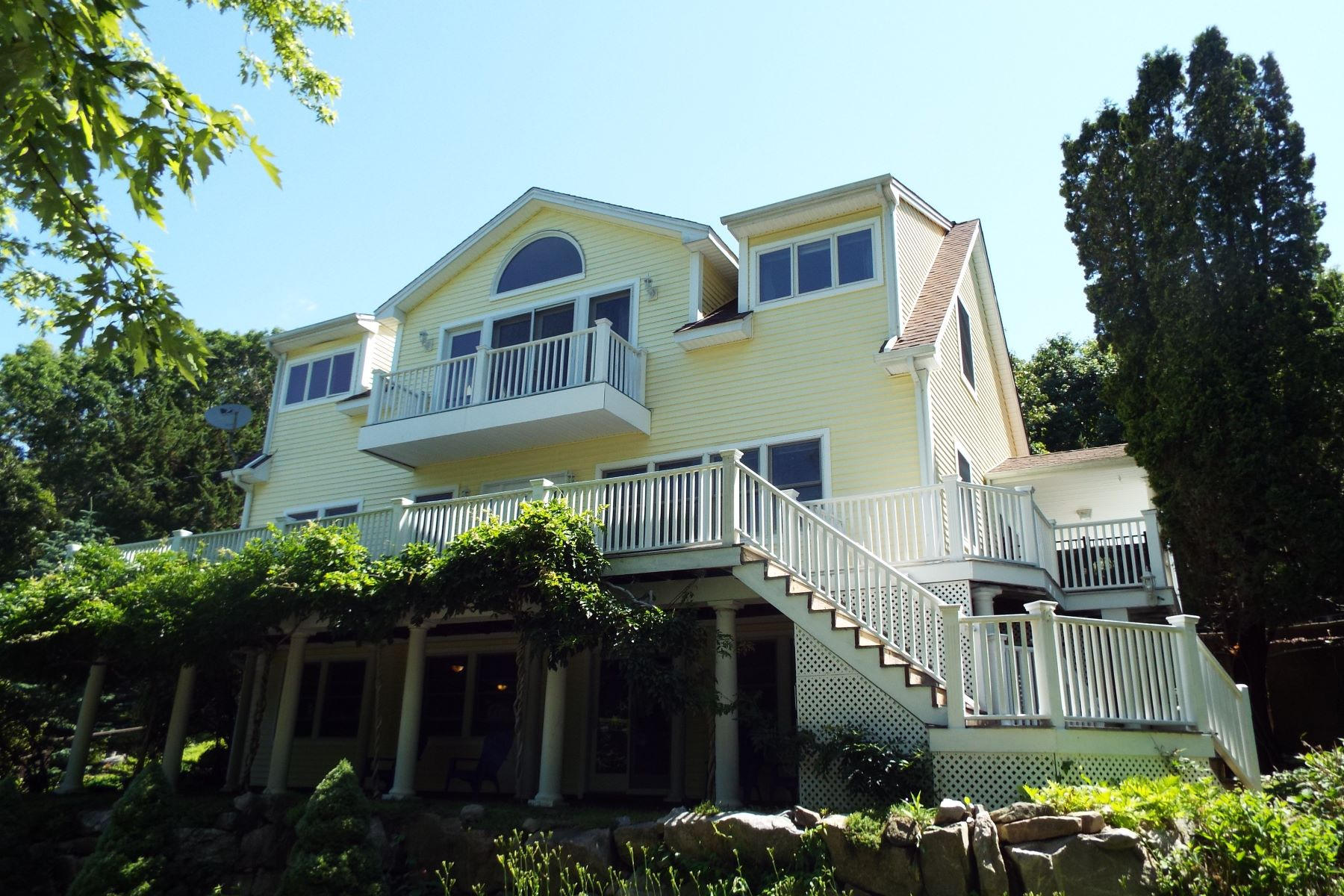 Single Family Homes のために 売買 アット Stonington, コネチカット 06378 アメリカ