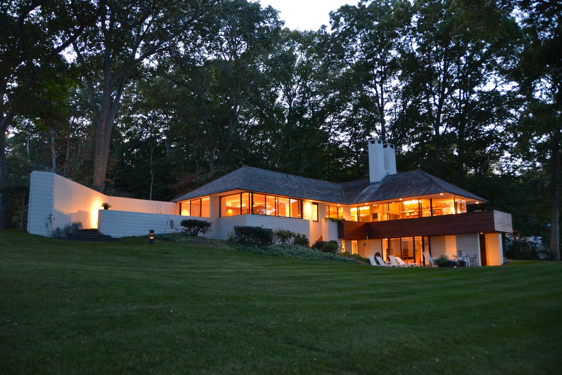 独户住宅 为 销售 在 Mid Century Modern Masterpiece on Ct River 42 Crosstrees Hill 埃塞克斯, 康涅狄格州 06426 美国