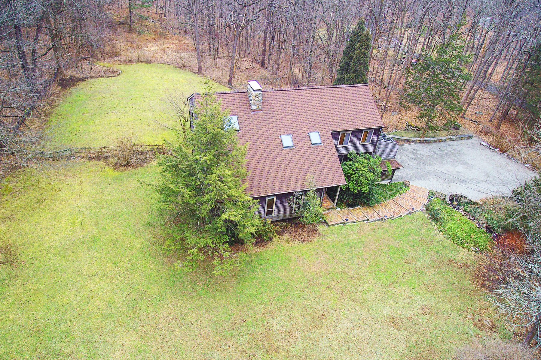 Single Family Homes for Sale at Idyllic Modern Country Retreat 24 Wood Rd Redding, Connecticut 06896 United States