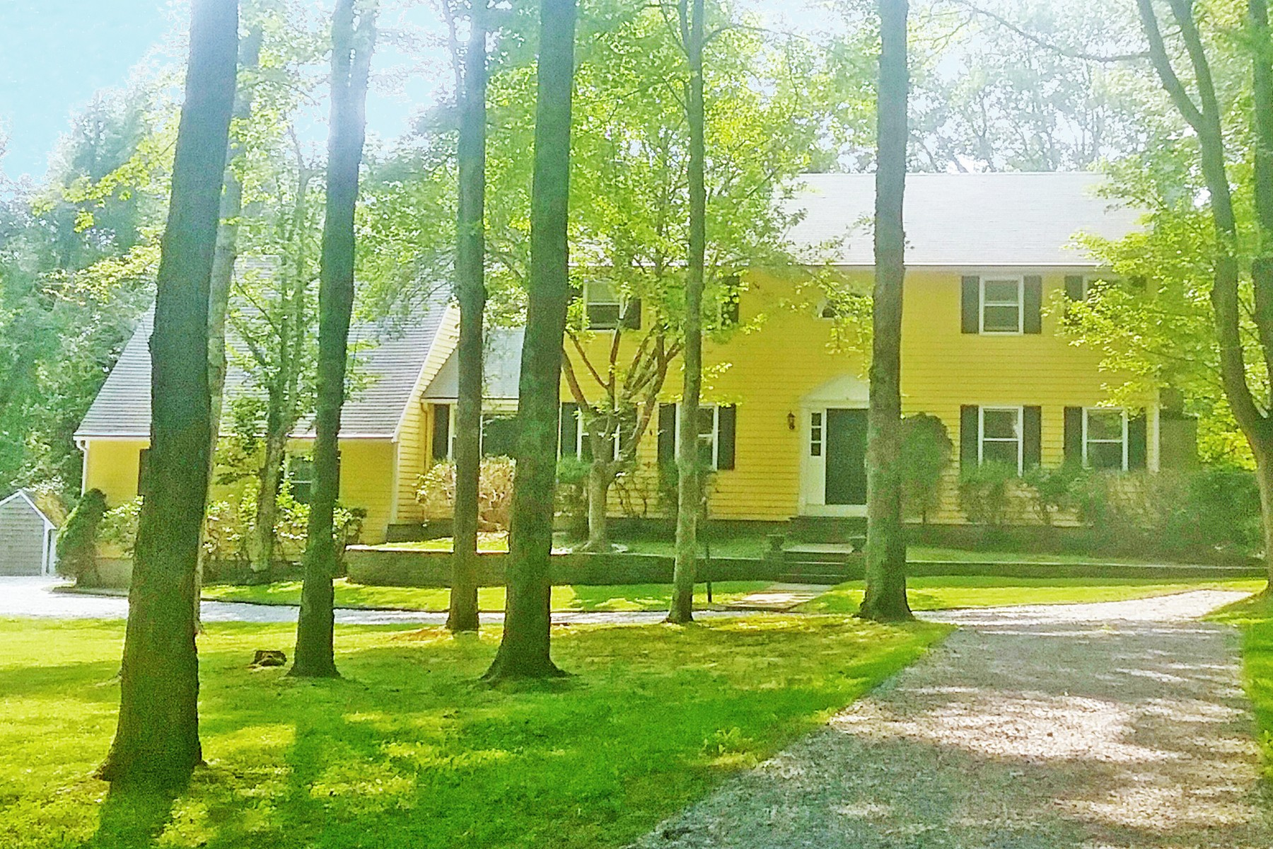 Single Family Home for Sale at A Very Fine and Elegant Custom Built Colonial 34 Johnny Cake Hill Road Old Lyme, Connecticut 06371 United States