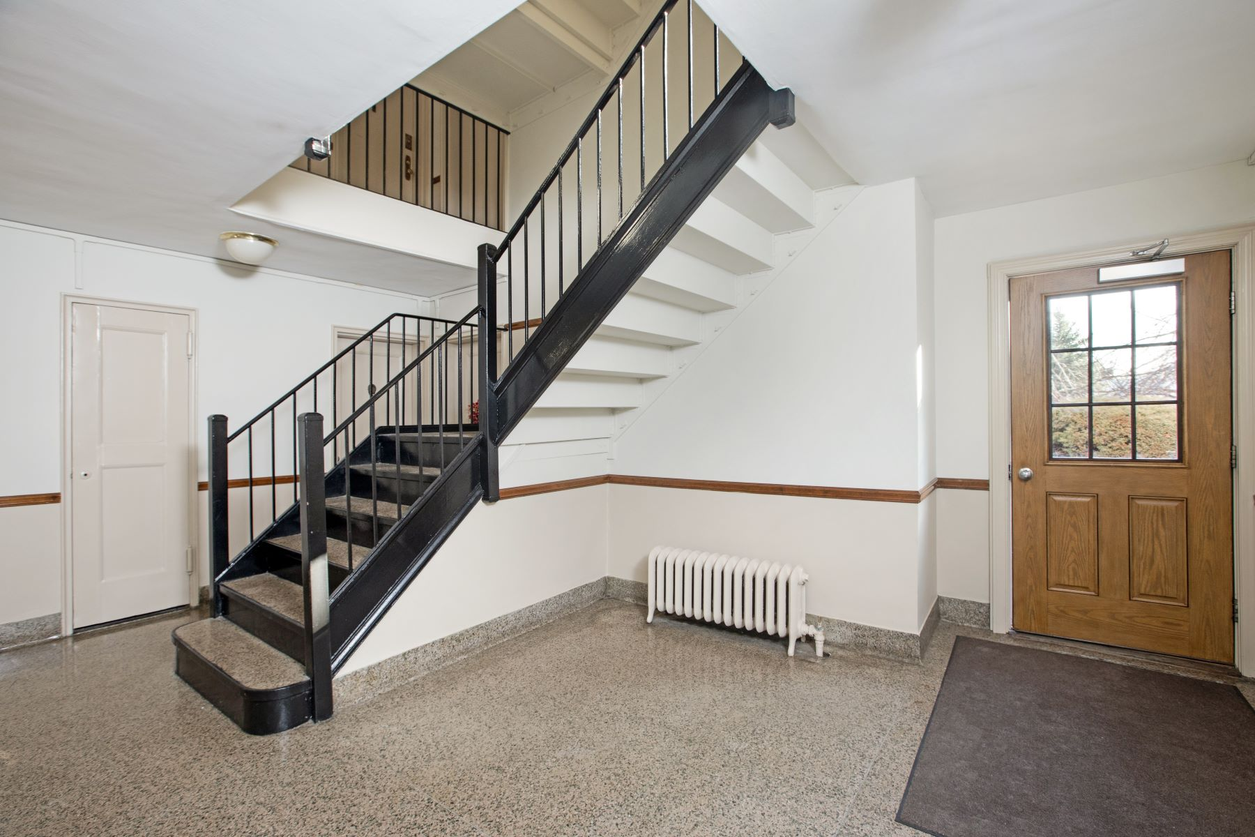 Additional photo for property listing at 330 South Broadway 330 South Broadway C2 Tarrytown, New York 10591 United States