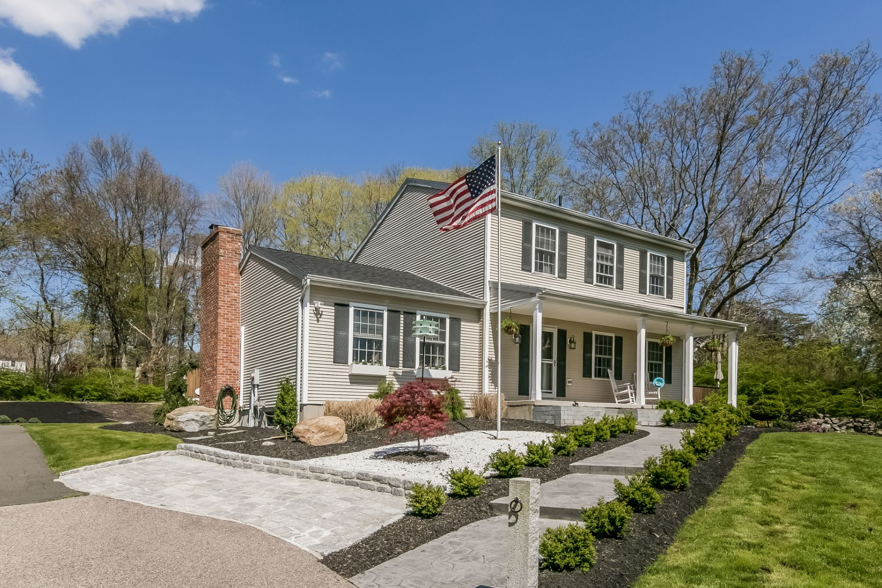 Single Family Homes por un Venta en 57 Liberty Street Clinton, Connecticut 06413 Estados Unidos