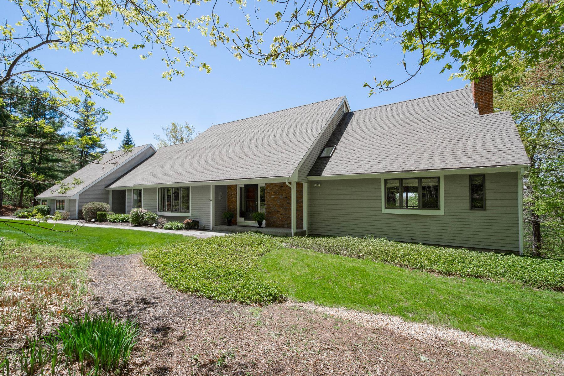 single family homes voor Verkoop op Avon, Connecticut 06001 Verenigde Staten