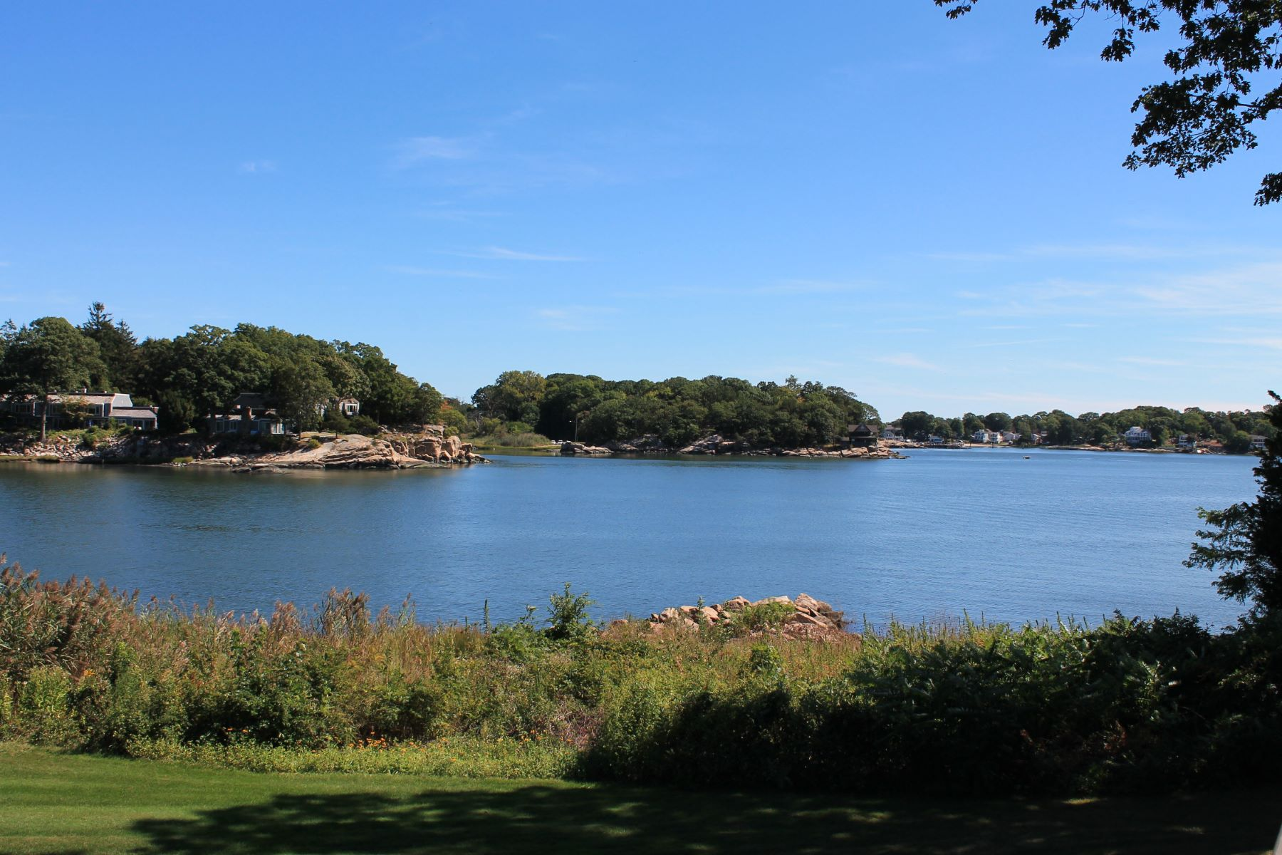 Condominiums for Sale at 18 Harbour Village D Branford, Connecticut 06405 United States