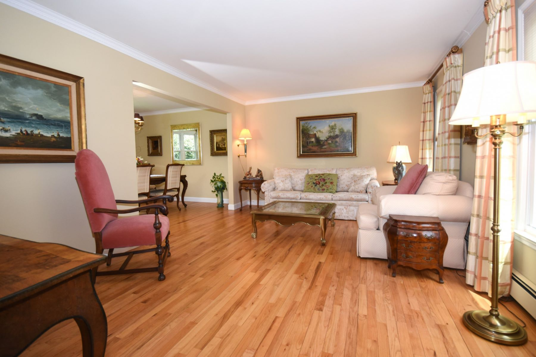 Single Family Home for Sale at Shippan Colonial 9 Sound Avenue, Stamford, Connecticut, 06902 United States