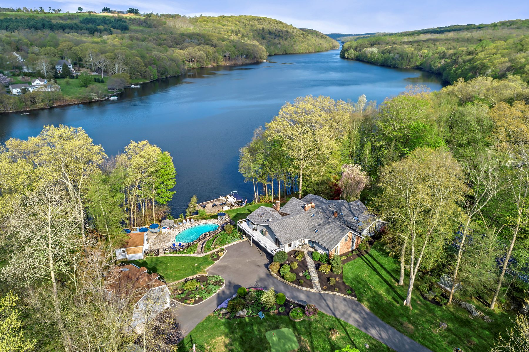 Single Family Home for Sale at Spectacular Waterfront Home 26 Hidden Brook Drive Brookfield, Connecticut 06804 United States