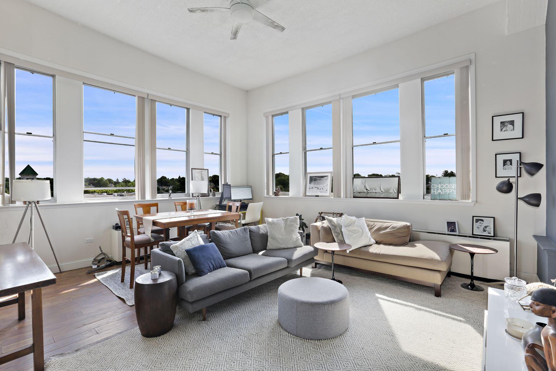 Condominiums 為 出售 在 1 Landmark Square, 527, Port Chester, 纽约 10573 美國