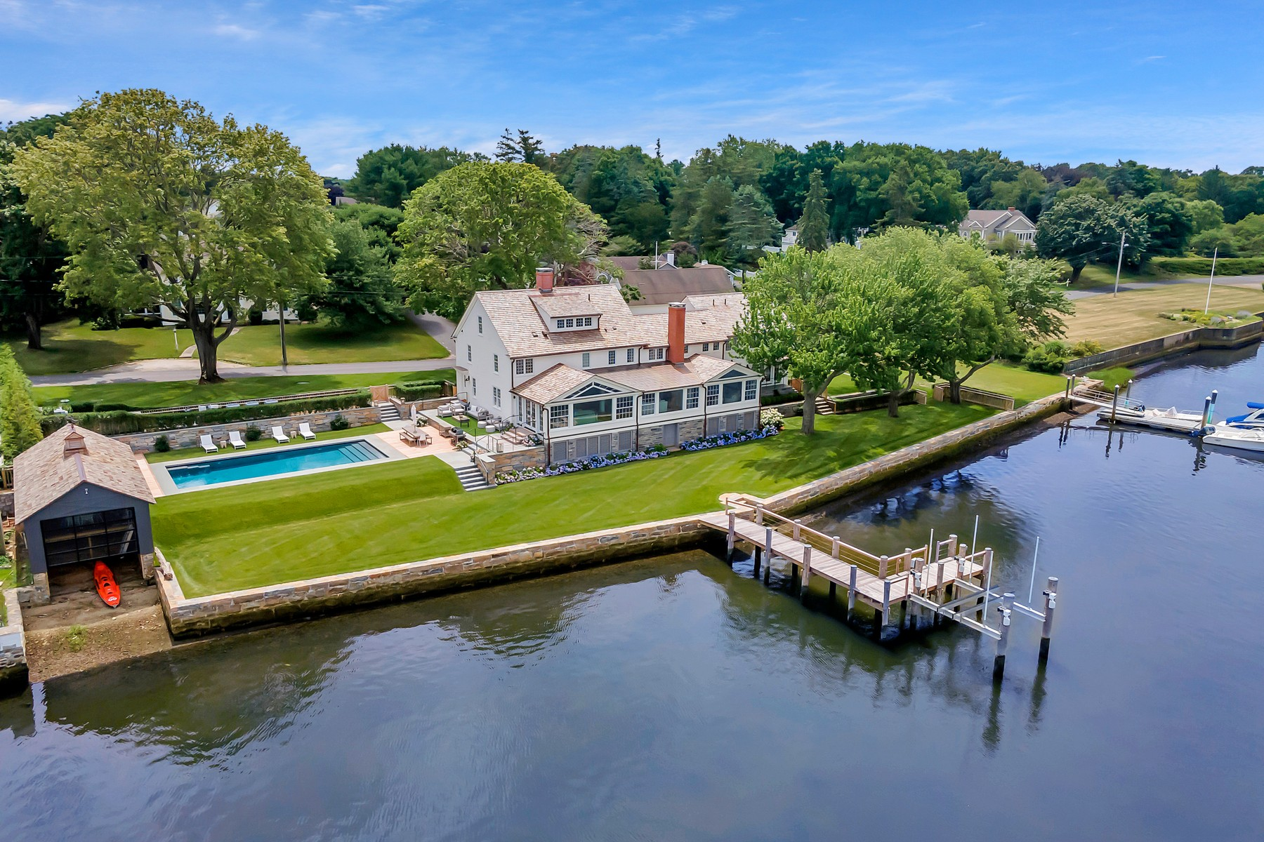 Single Family Homes للـ Sale في Perfect Blend of Old and New. Historic Treasure Rebuilt 91 North Cove Road, Old Saybrook, Connecticut 06475 United States