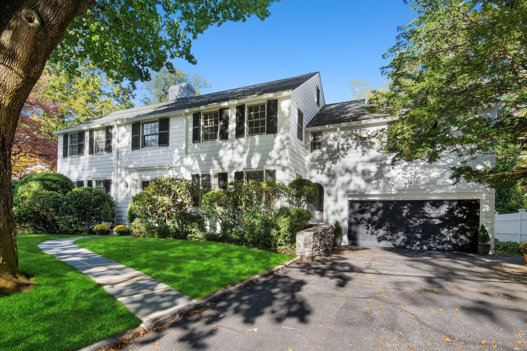 Single Family Homes por un Venta en Welcome To 53 Wilgarth 53 Wilgarth Road Bronxville, Nueva York 10708 Estados Unidos