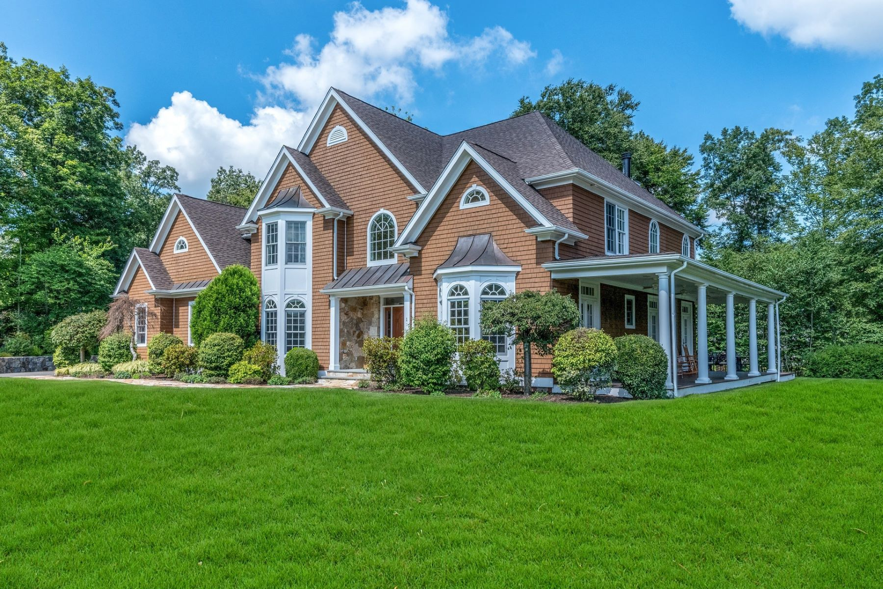 Single Family Home for Sale at Uncompromising Quality & Craftsmanship 1 Darcangelo Drive Brookfield, Connecticut 06804 United States