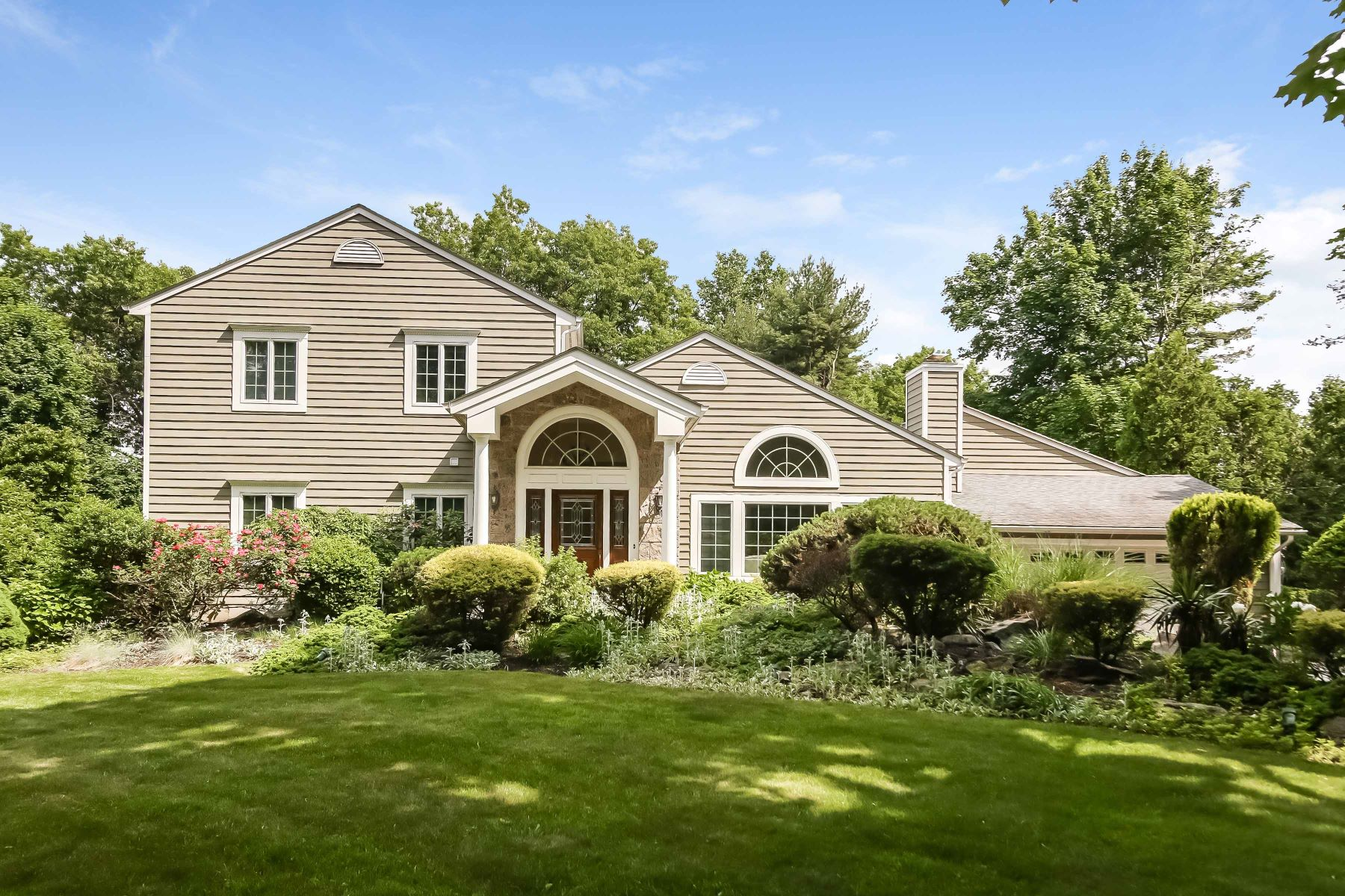 Single Family Home for Sale at Beautifully Renovated Contemporary Colonial 8 Windsong Road Ardsley, New York 10502 United States