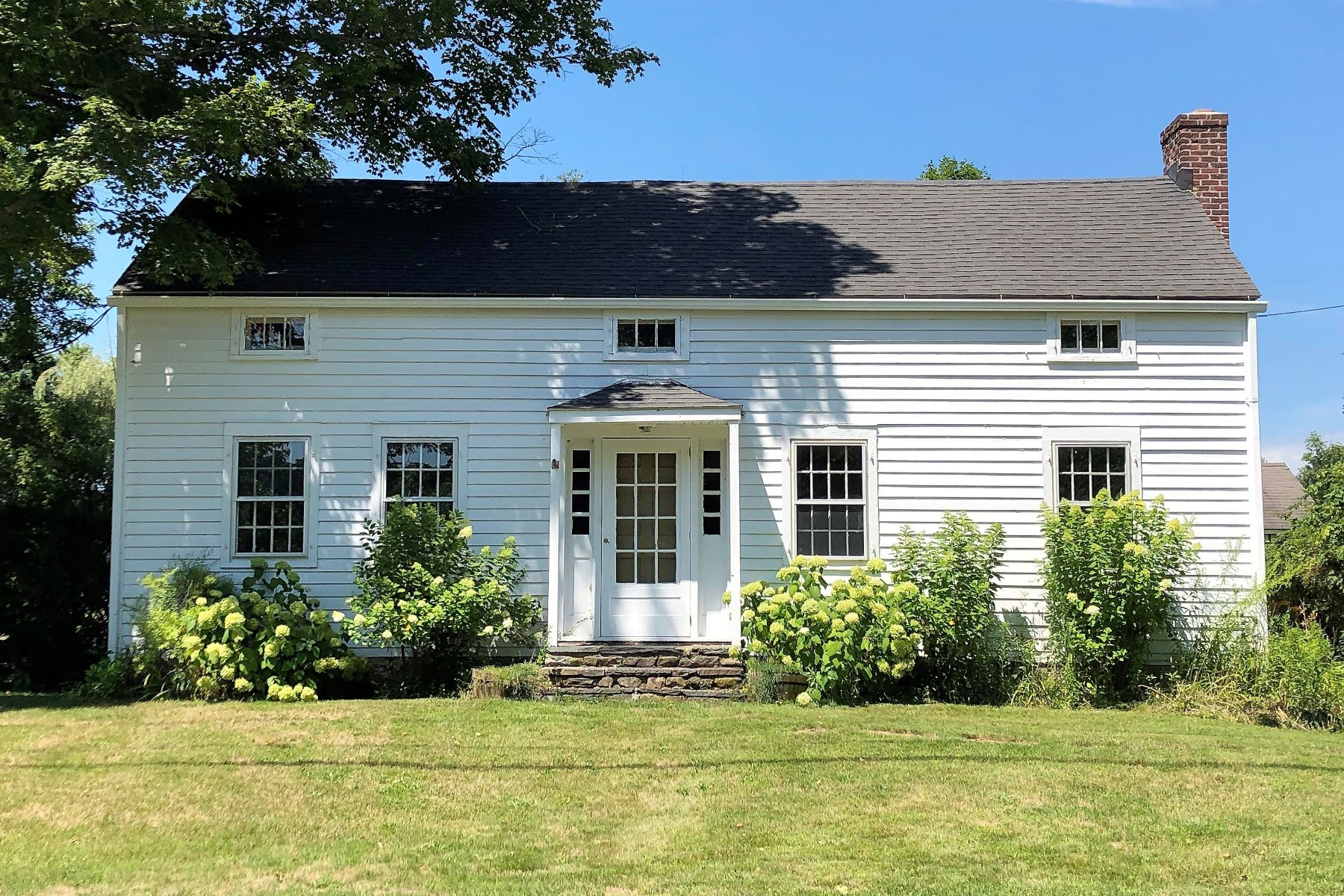 Single Family Homes للـ Sale في Antique Gem 287 Amenia Union Road, Sharon, Connecticut 06069 United States