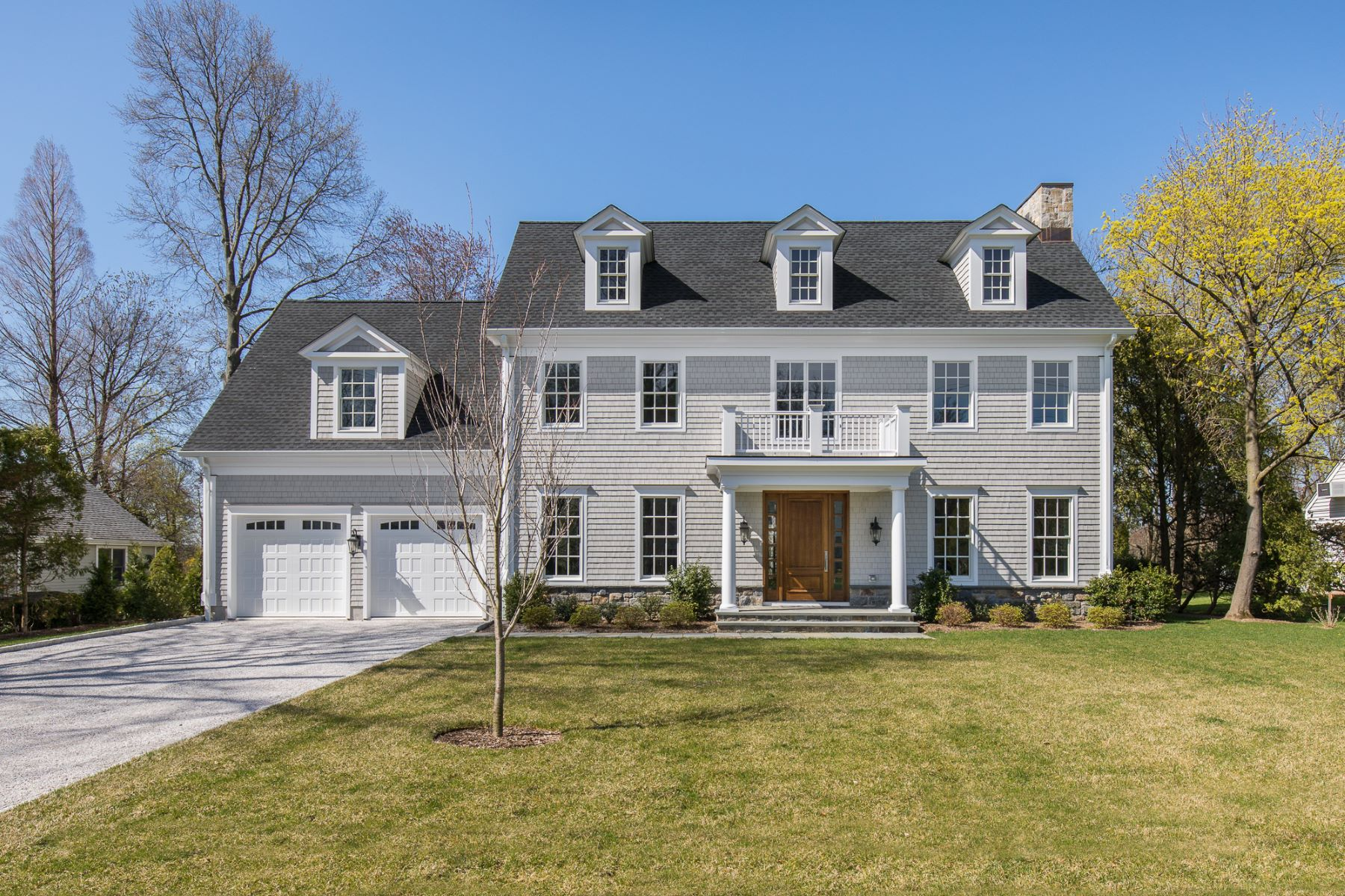 Single Family Home for Sale at Stunning Elegant New Construction in Scarsdale 11 Continental Road Scarsdale, New York 10583 United States