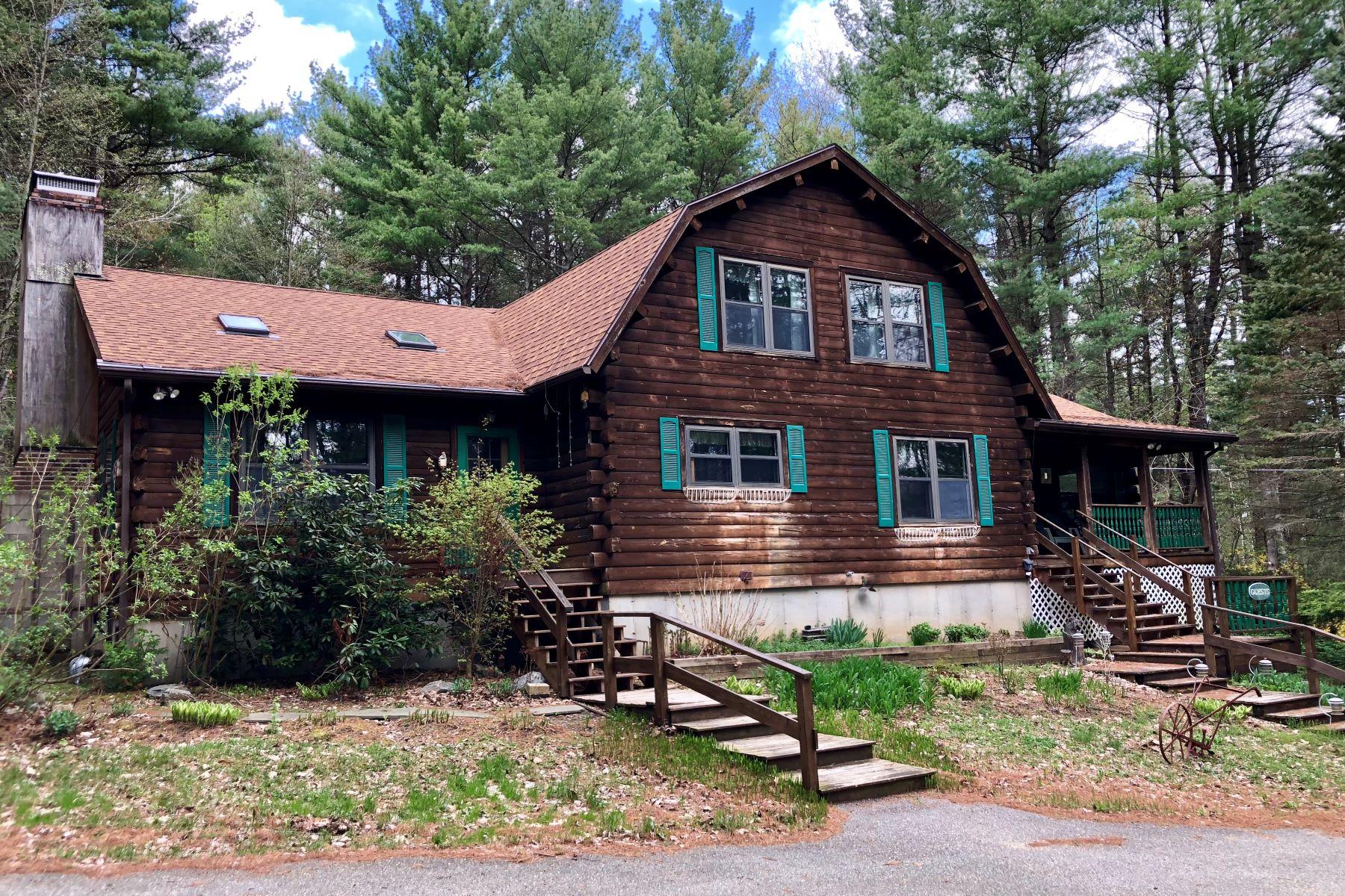 Casa Unifamiliar por un Venta en The Ramblewood Inn 400 South Undermountain Rd Sheffield, Massachusetts 01257 Estados Unidos
