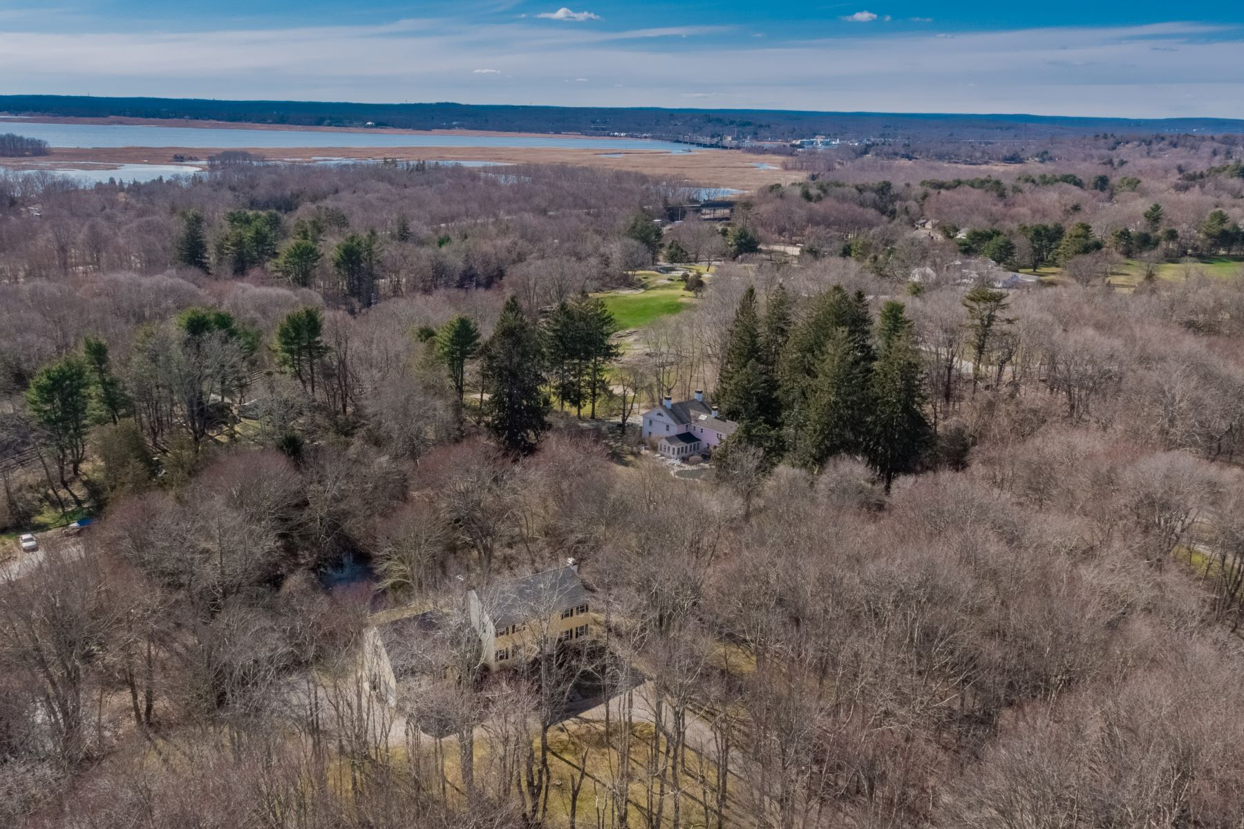 Single Family Homes for Sale at A Very Fine and Elegant Custom Built Colonial 34 Johnny Cake Hill Road Old Lyme, Connecticut 06371 United States