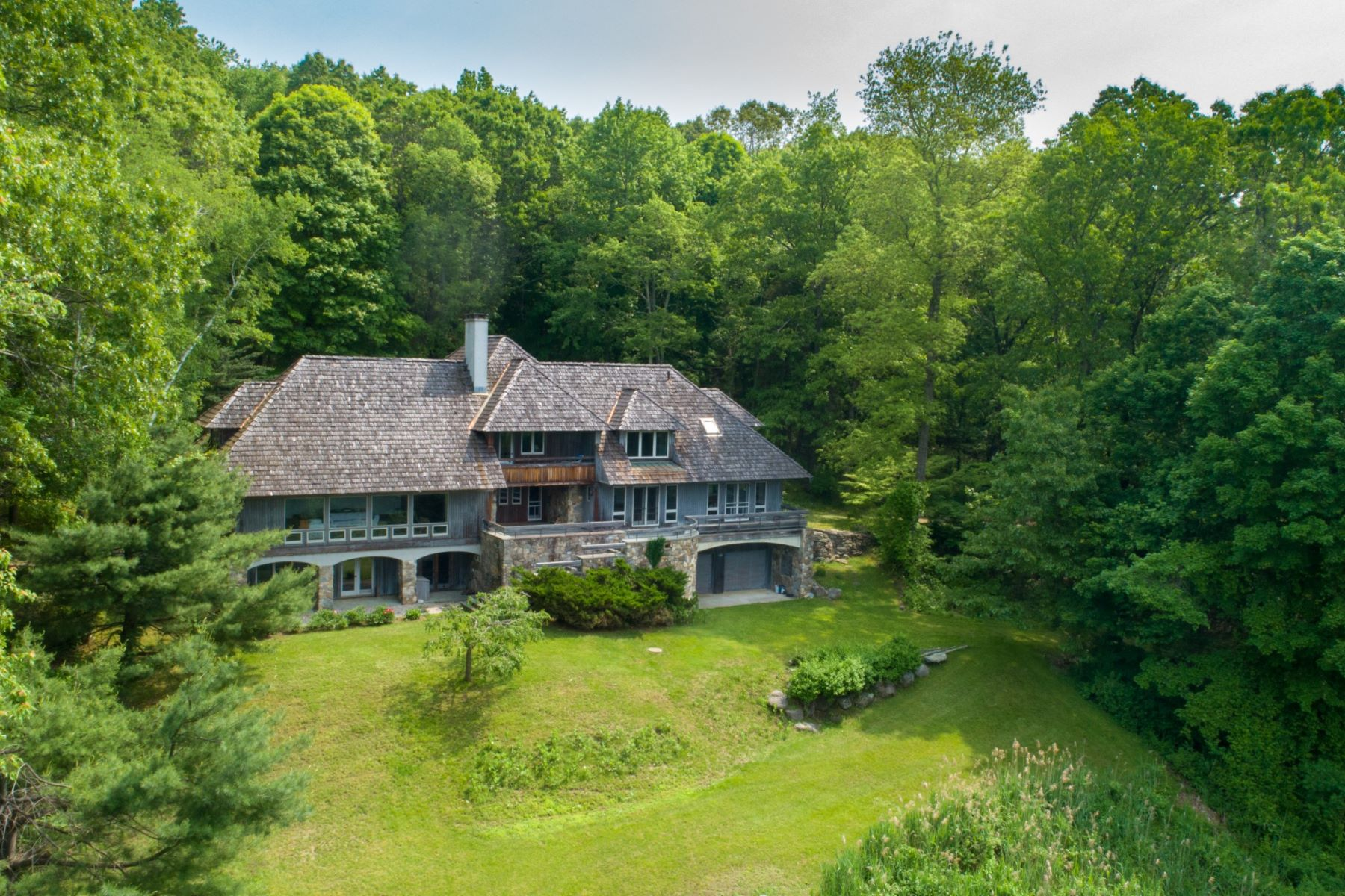 Single Family Homes per Vendita alle ore Cloudhill 77b Segar Mountain Road Kent, Connecticut 06757 Stati Uniti