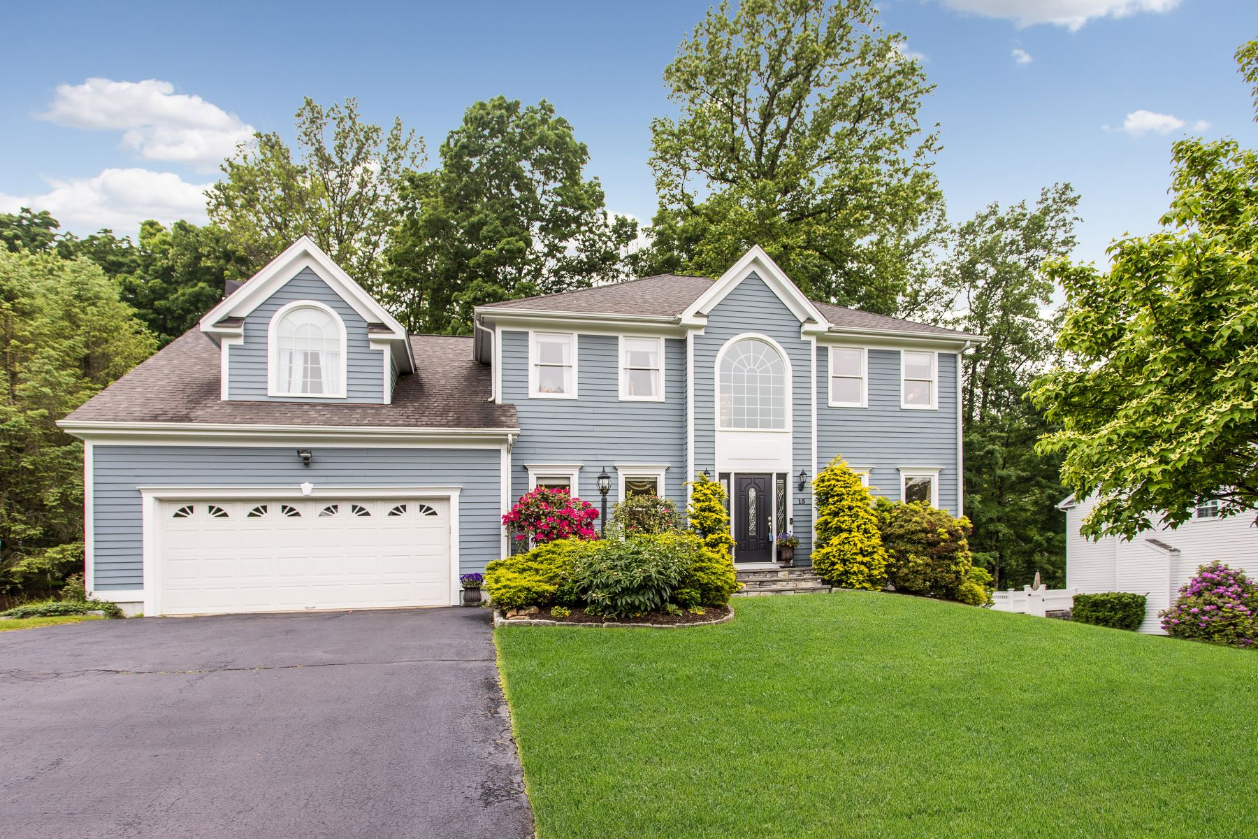 single family homes for Sale at Spacious Tashua Colonial 15 Sarenee Circle, Trumbull, Connecticut 06611 United States