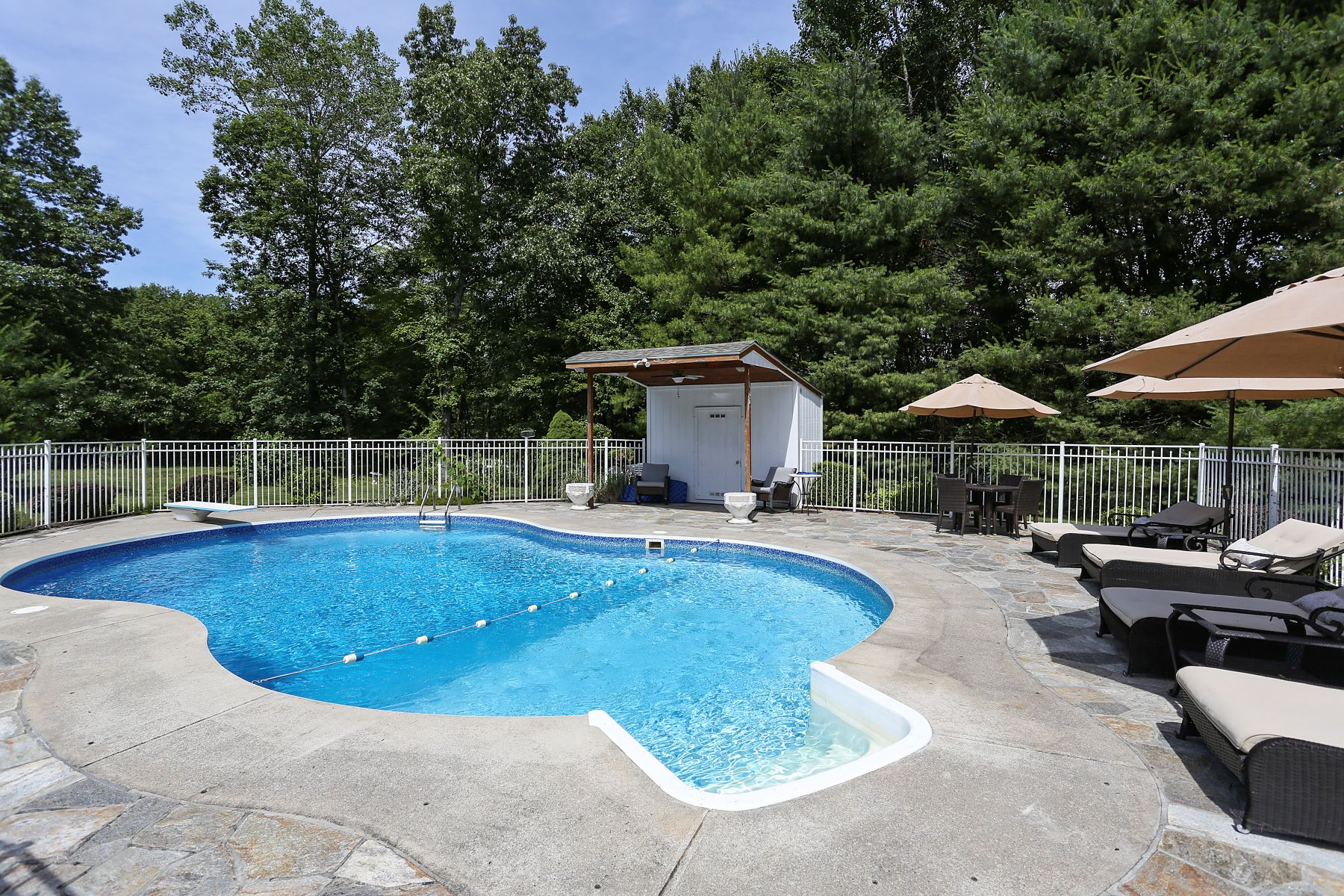 Single Family Homes for Sale at Experience Resort Living at its Best! 15 May Court Monroe, Connecticut 06468 United States