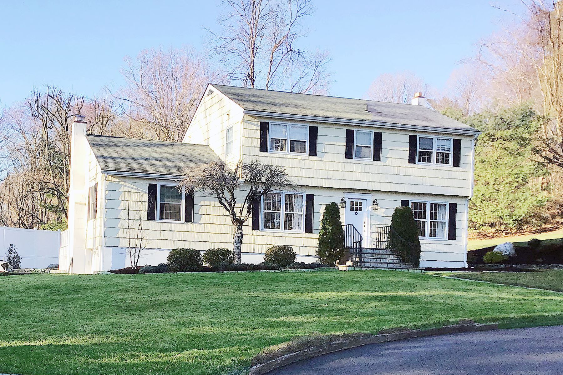 Single Family Homes for Sale at Meticulously Maintained Colonial in Norwalk 7 Silver Ledge Road Norwalk, Connecticut 06850 United States