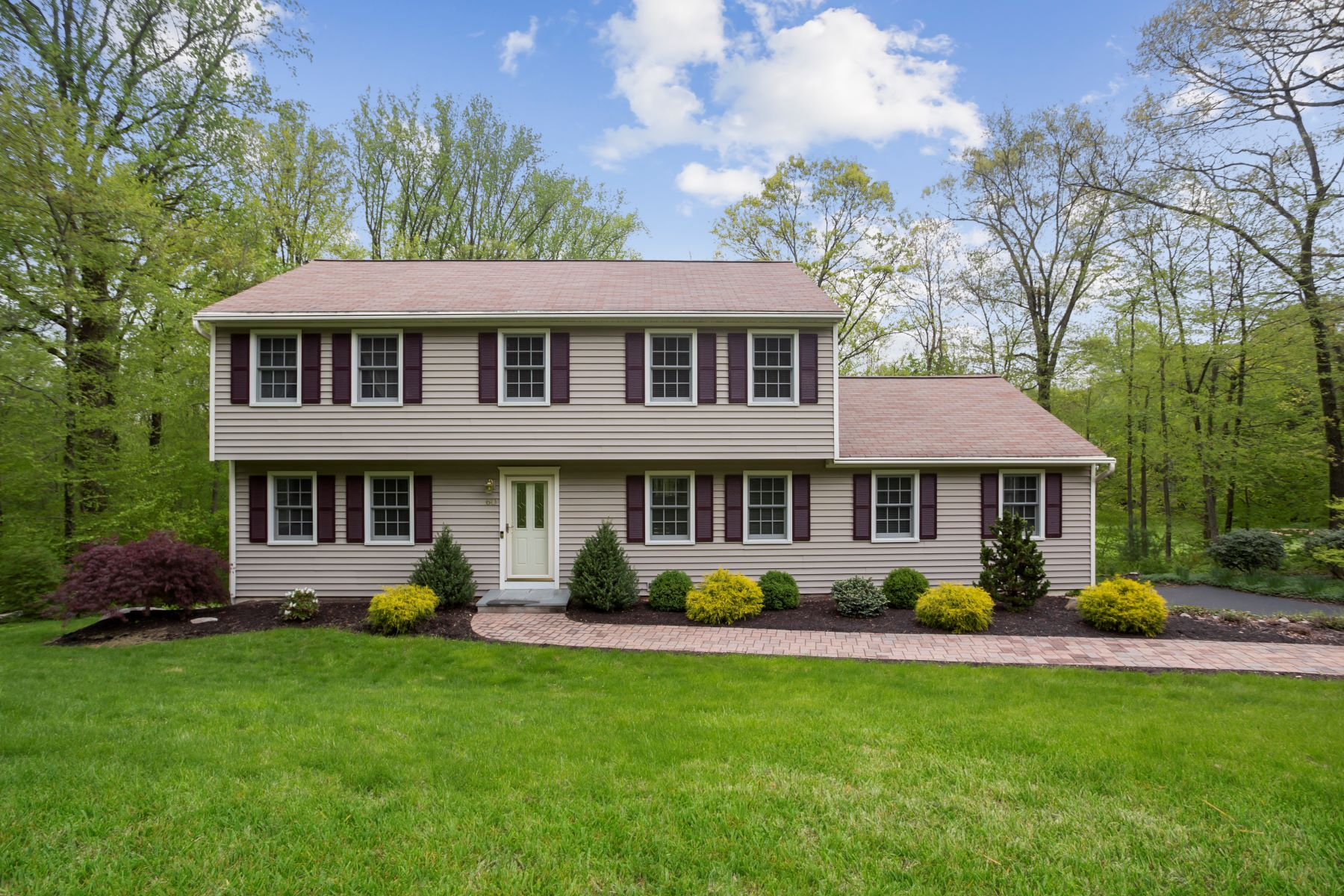 single family homes for Sale at Whitney Farms Location 60 Sunset Hill Drive, Monroe, Connecticut 06468 United States