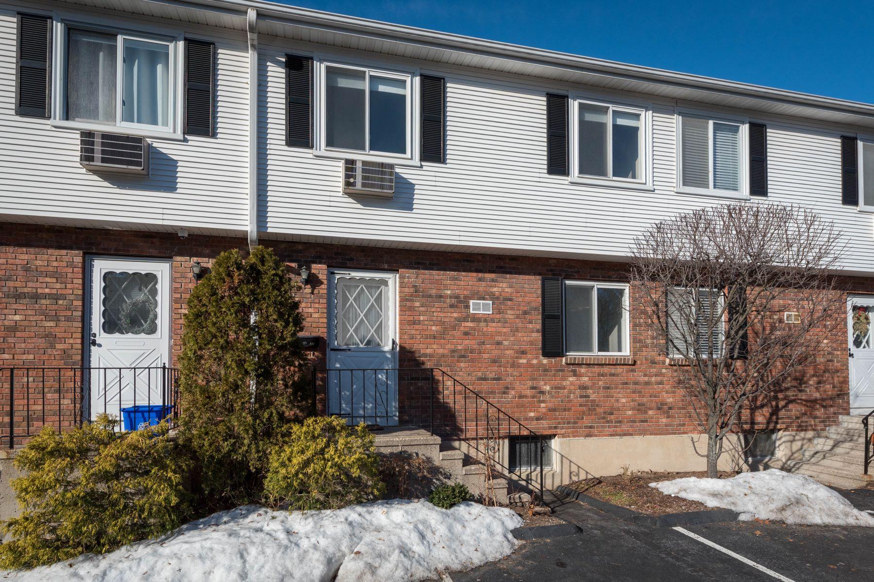 Condominium for Rent at Springbrook Terrace 36 Cerretta Street 33, Stamford, Connecticut, 06907 United States