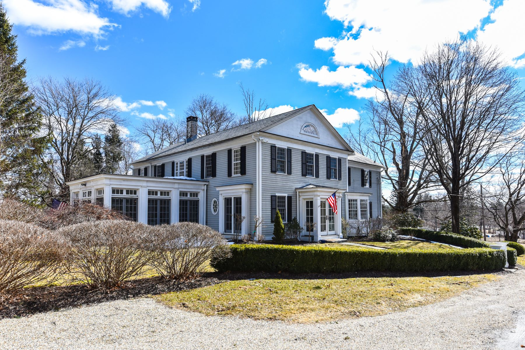Casa Unifamiliar por un Venta en Own a piece of Litchfield History 16 Brush Hill Road Litchfield, Connecticut 06759 Estados Unidos