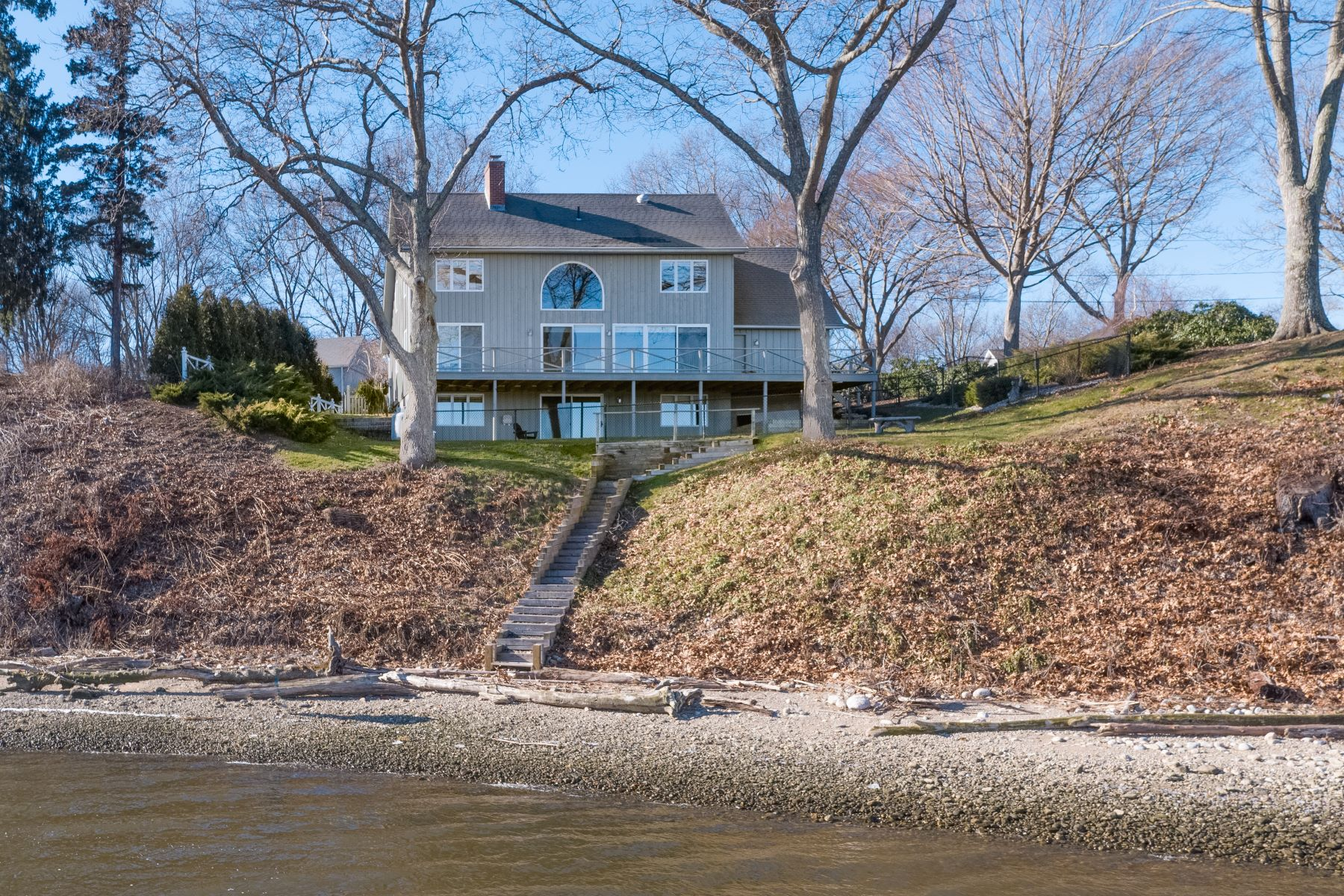 Single Family Homes for Sale at Ct. River Waterfront Cape 30 Riverside Avenue Old Saybrook, Connecticut 06475 United States