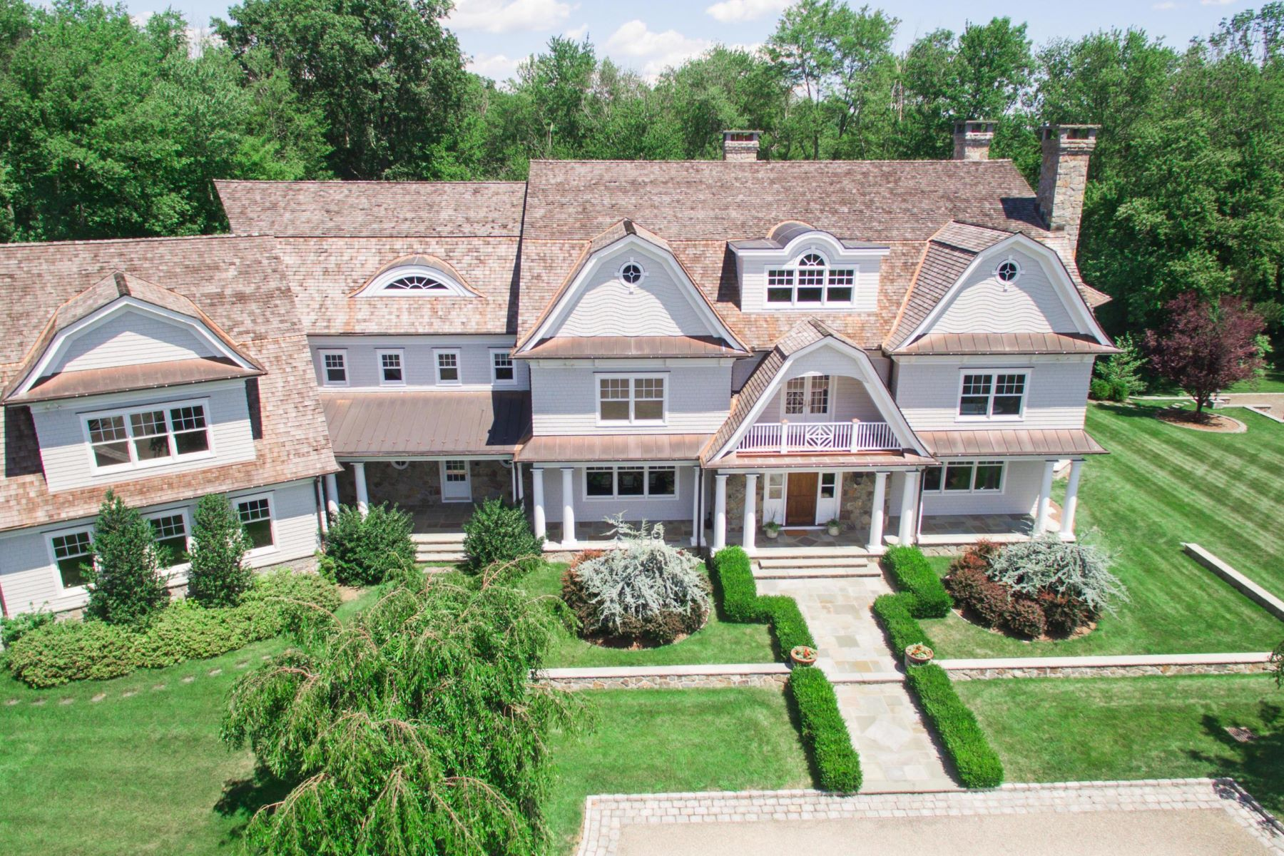 Casa Unifamiliar por un Venta en 1385 Smith Ridge Road 1385 Smith Ridge Road New Canaan, Connecticut 06840 Estados Unidos