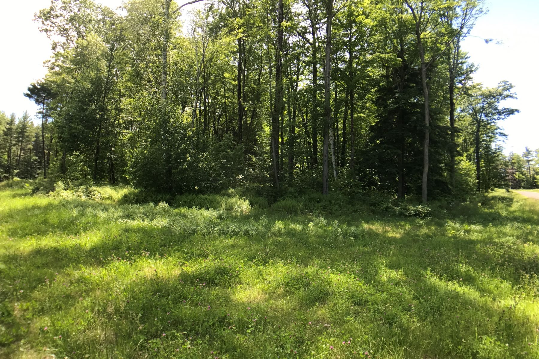 Земля для того Продажа на Affordable Ready-to-Build Parcel with Shared Waterfront Access Lot #2, Moose Dr Lee, Массачусетс 01238 Соединенные Штаты
