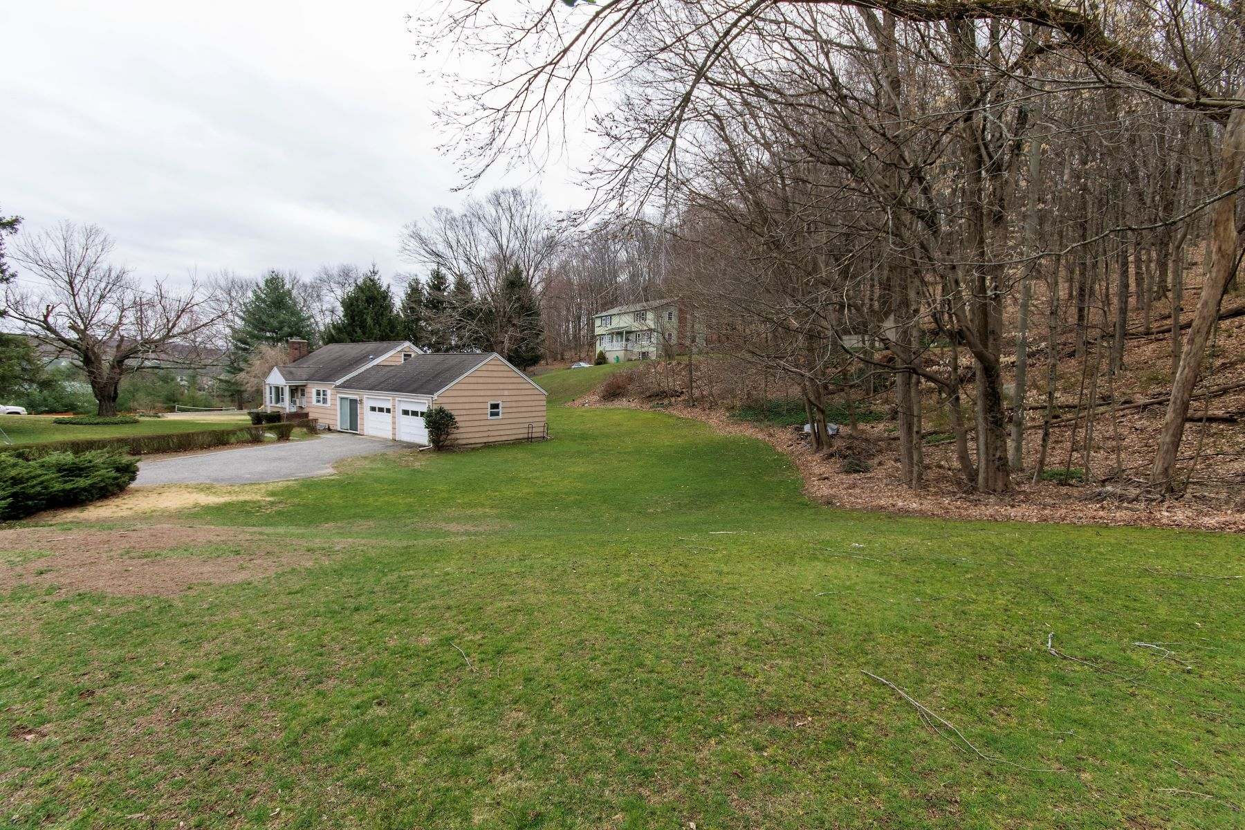 Single Family Home for Sale at First Time On The Market 162 Shelter Rock Rd Danbury, 06810 United States