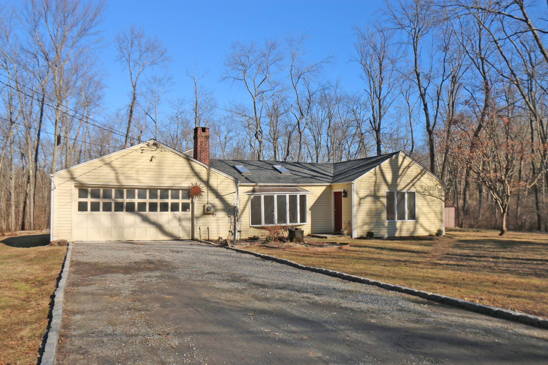 Single Family Homes vì Bán tại Wilton, Connecticut 06897 Hoa Kỳ