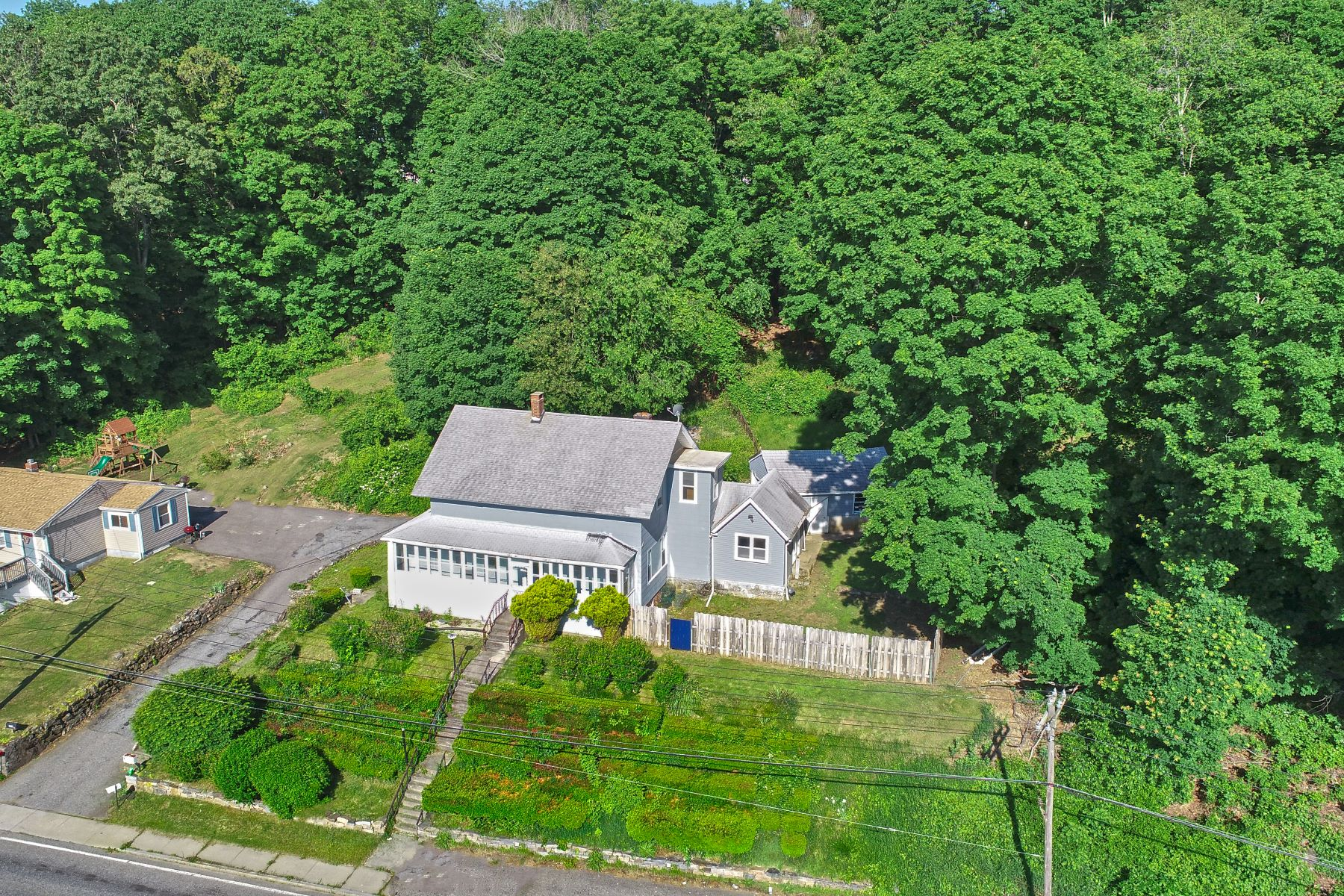 Single Family Homes for Sale at 260 Asylum Street Norwich, Connecticut 06360 United States