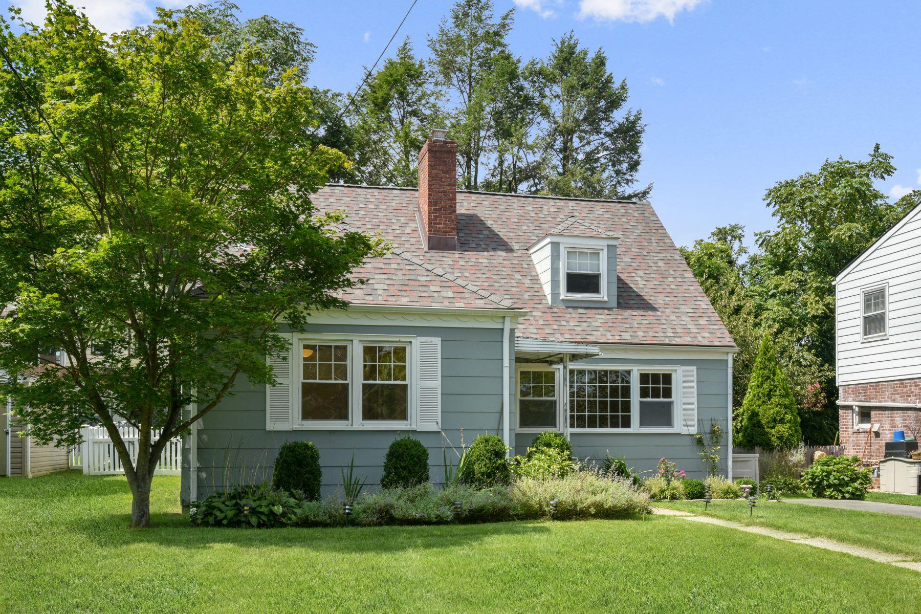 Single Family Homes 為 出售 在 Eastchester, 纽约 10709 美國