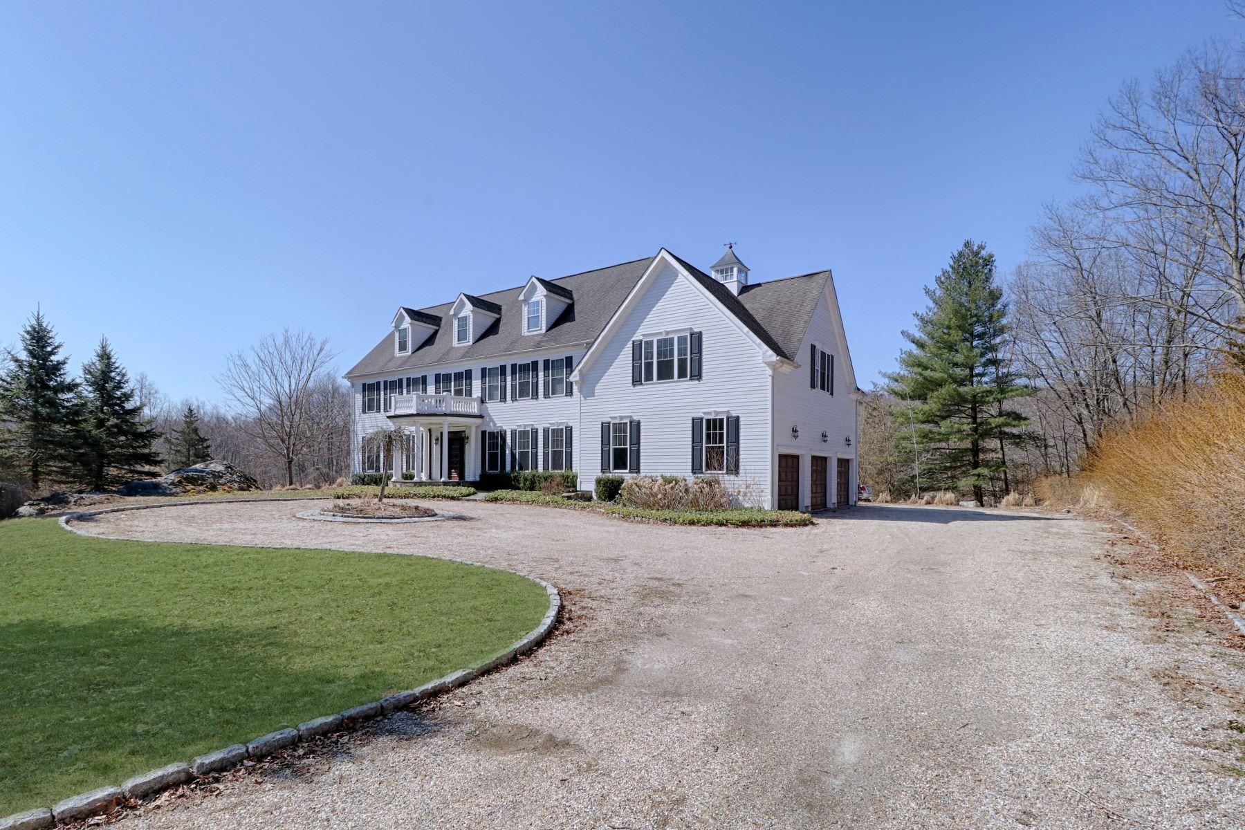 Single Family Homes 为 销售 在 Redding Colonial 25 Starrs Ridge Road, 雷丁, 康涅狄格州 06896 美国