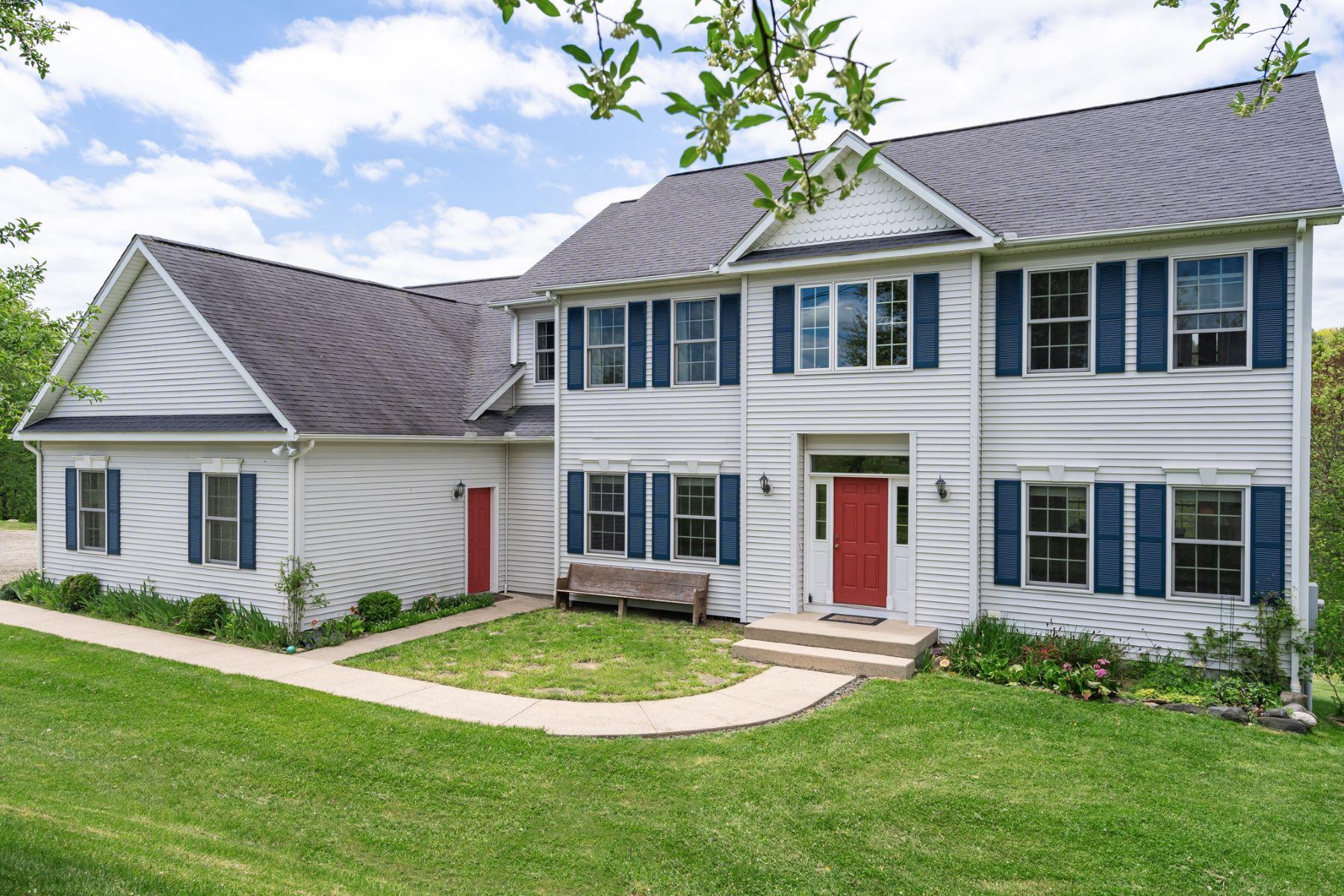 Single Family Homes للـ Sale في Bethlehem, Connecticut 06751 United States